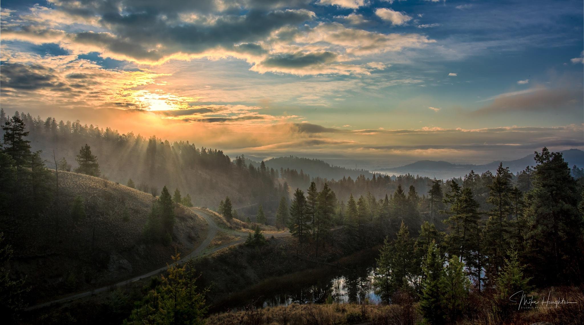 Hazy sunrise by BlueMax Photography