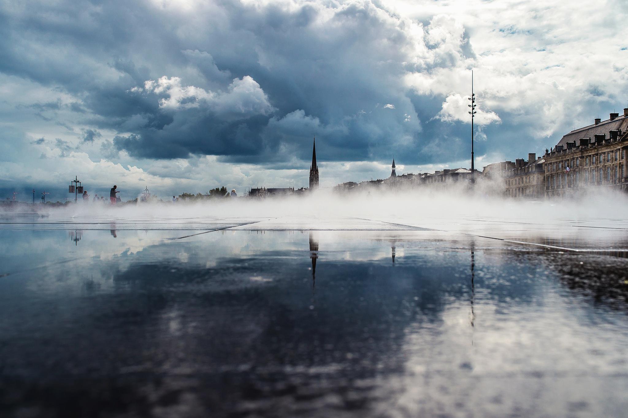 Miroir d'eau by Yann Texier