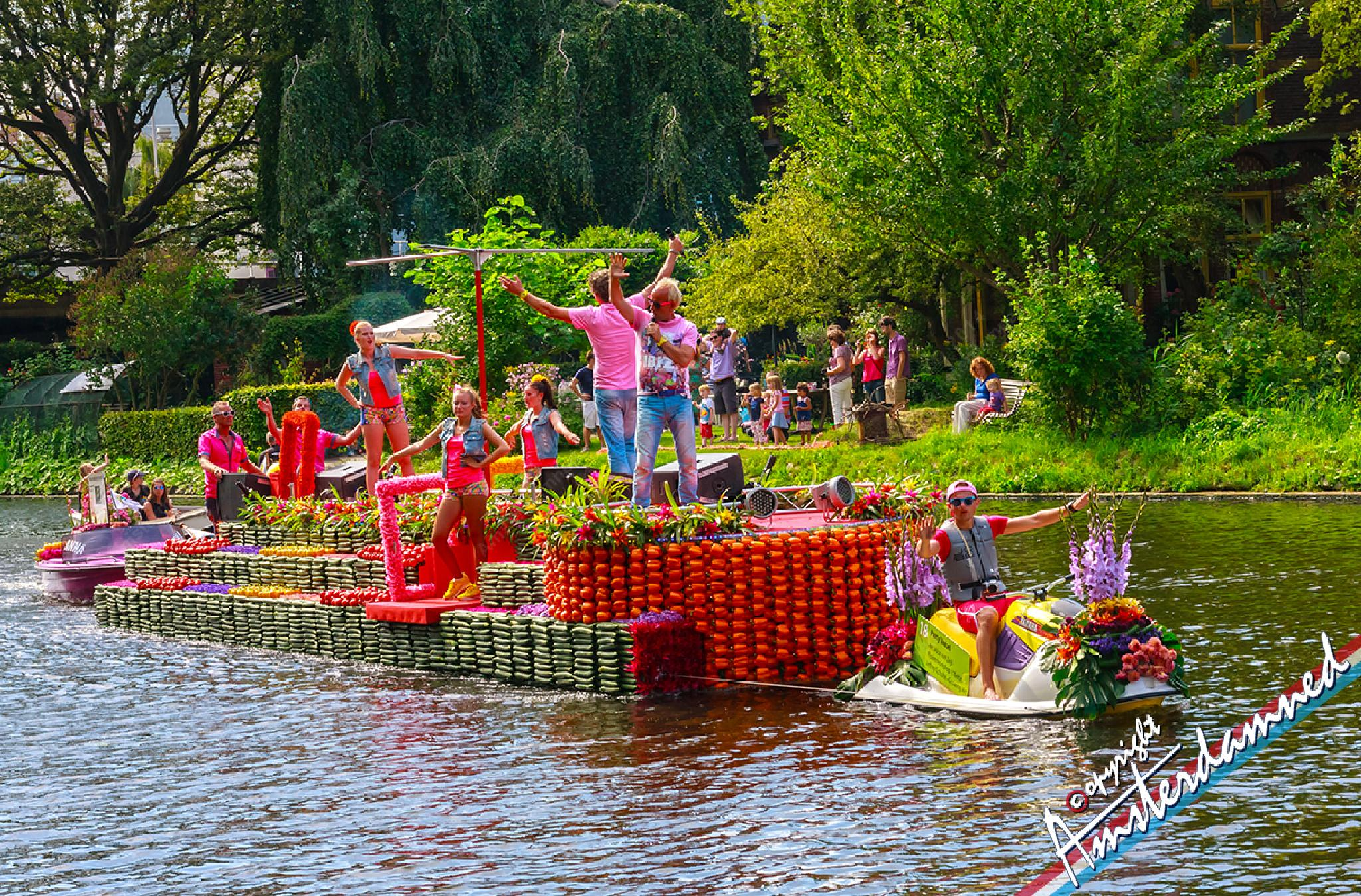 Photo in Street Photography #varend corso #varend corso westland #amsterdamned #holland #zuid-holland #delft #the netherlands #varend corso westland 2014 #boat #scooter #people #cucumber #flowers #cucumbers #pepper bell #pepper bells #water scooter #singers #dancing