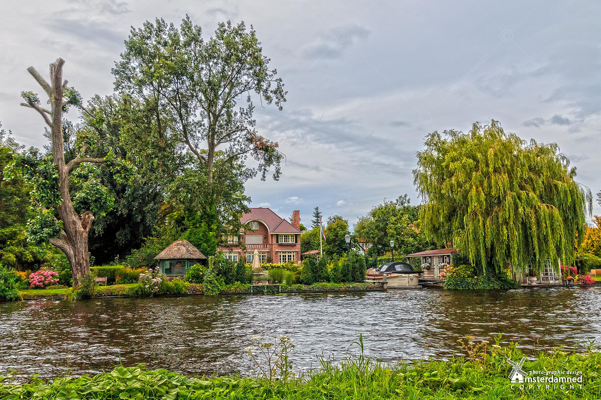 Leidschendam, The Netherlands by Michael