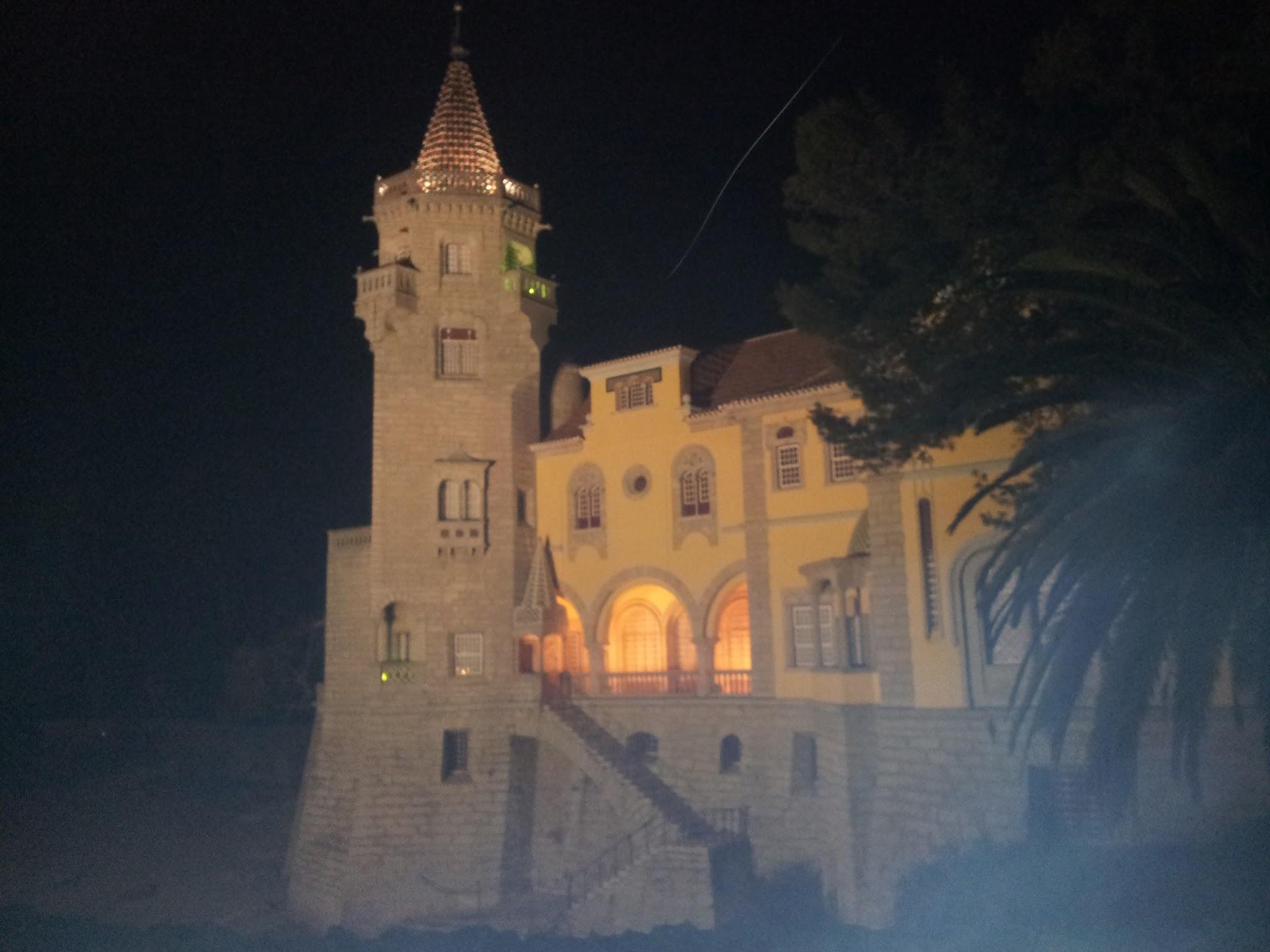 Museu Condes de Castro Guimarães by Tomi Karjalainen