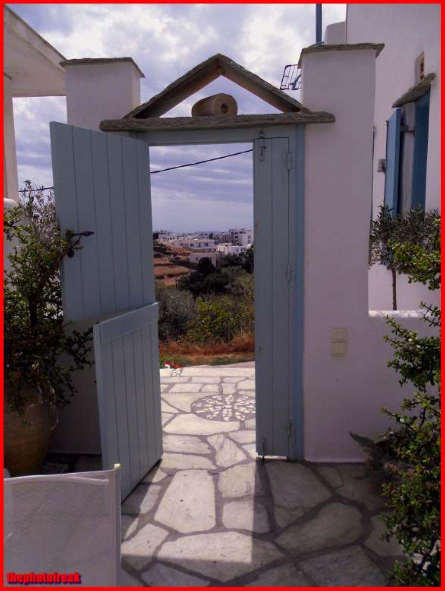 open door  by harrythephotofreak
