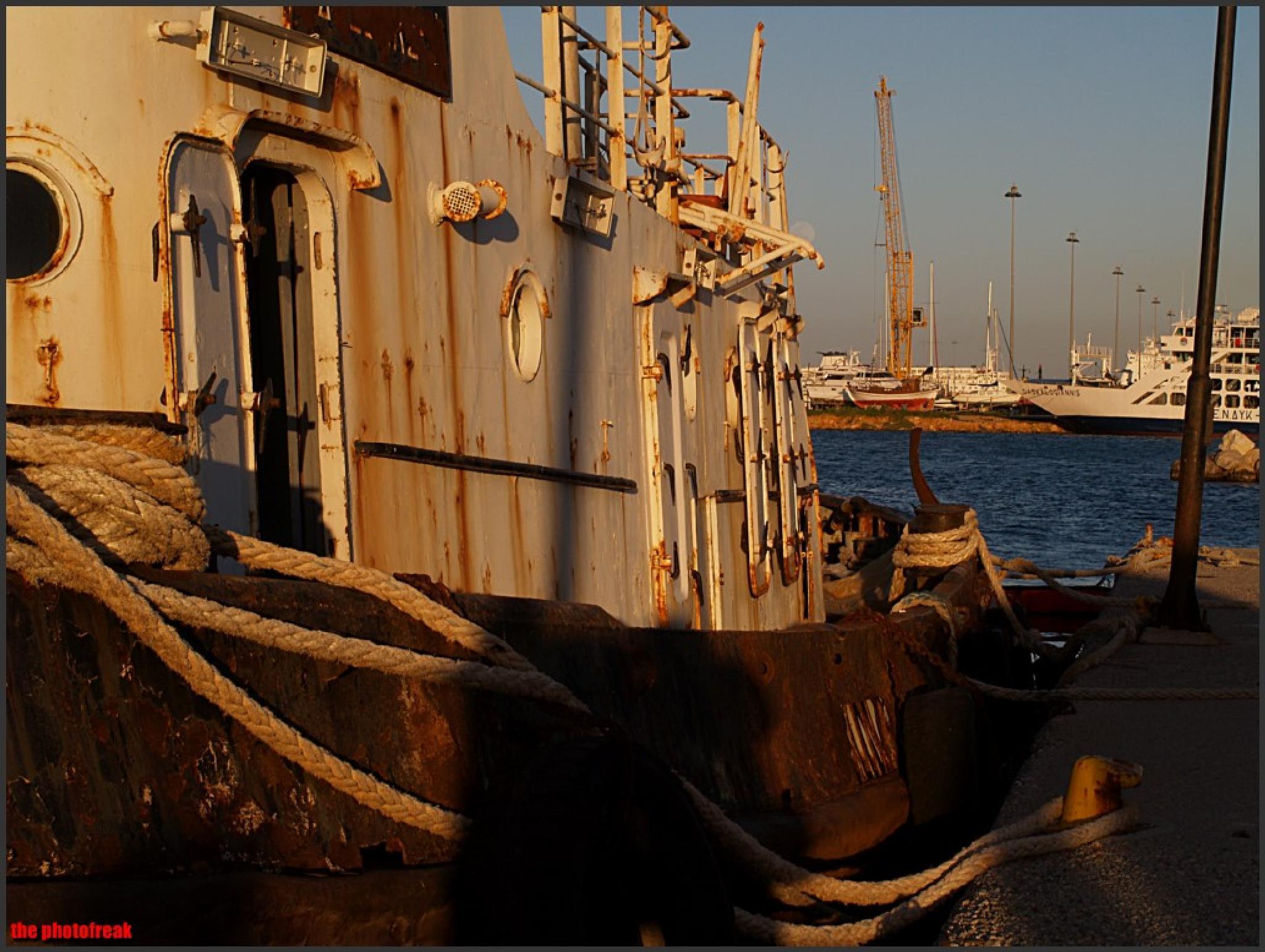 ships die in the harbors by harrythephotofreak