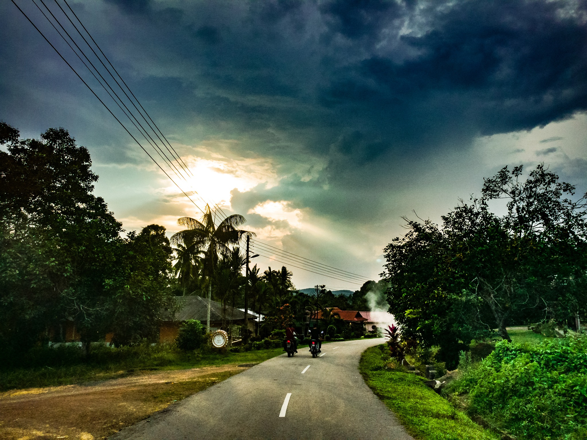 Darkness is coming  by Hanif Yusof