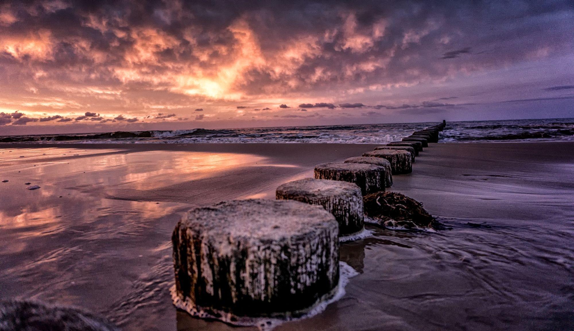 ocean dreams by NicNixon