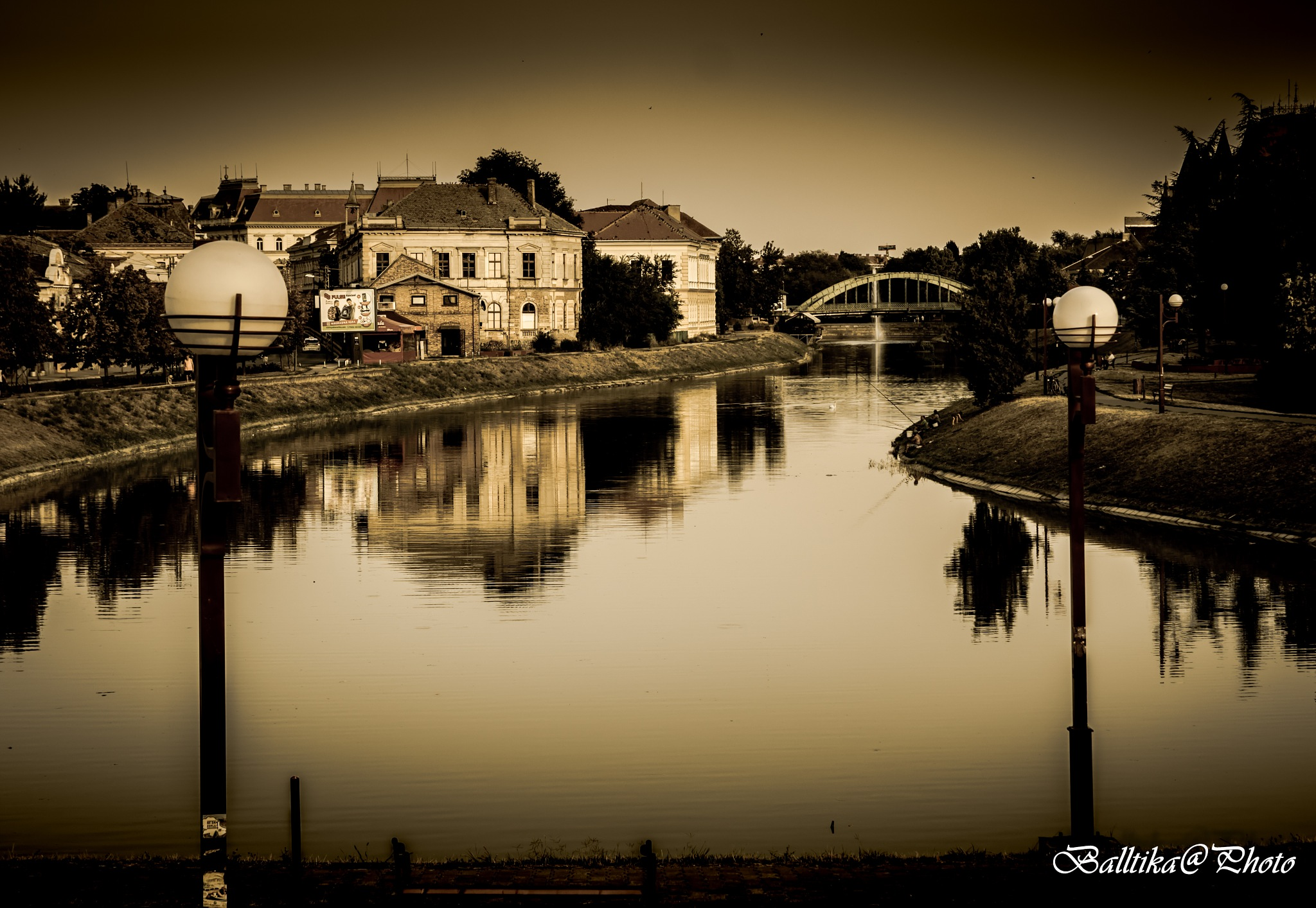 part of town by Sandrin