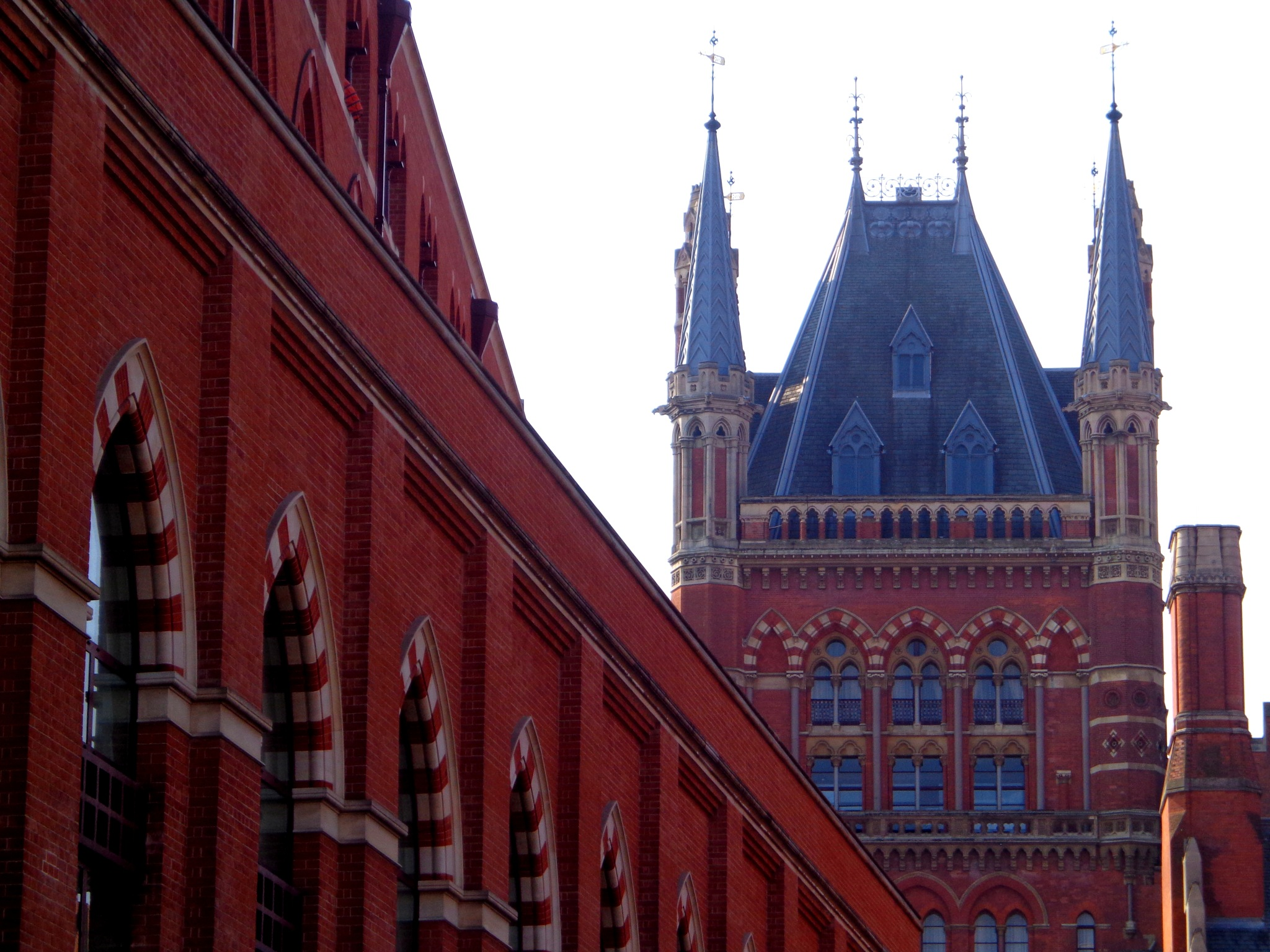 St Pancras Station by Ron Margulies