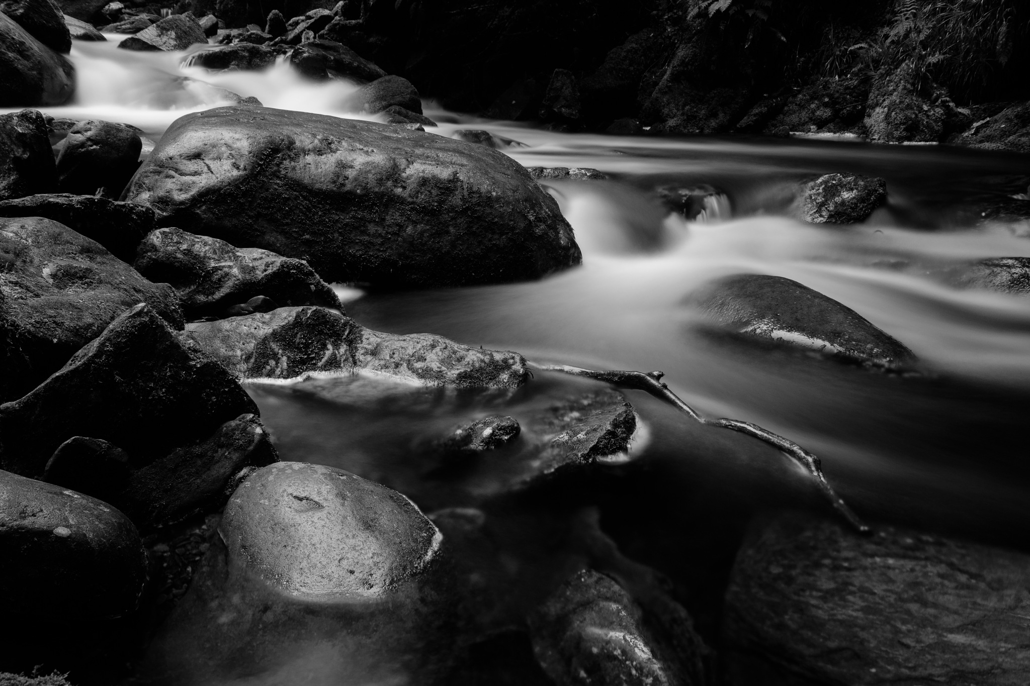smooth stream by Stefan Lauterbach