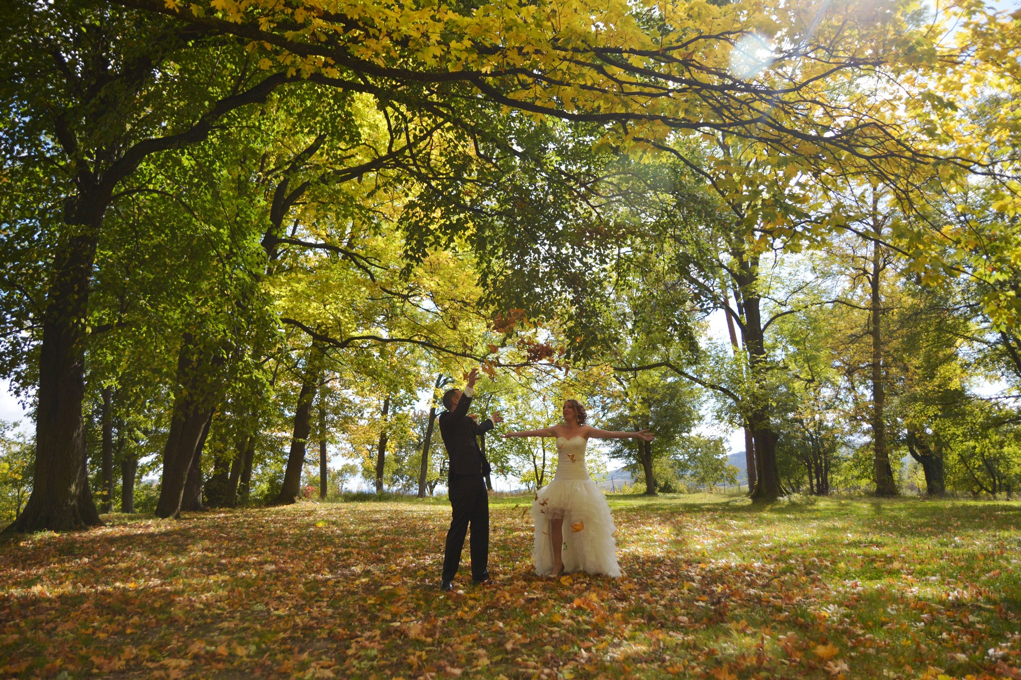 Autumn wedding. by PHOTOdistrict