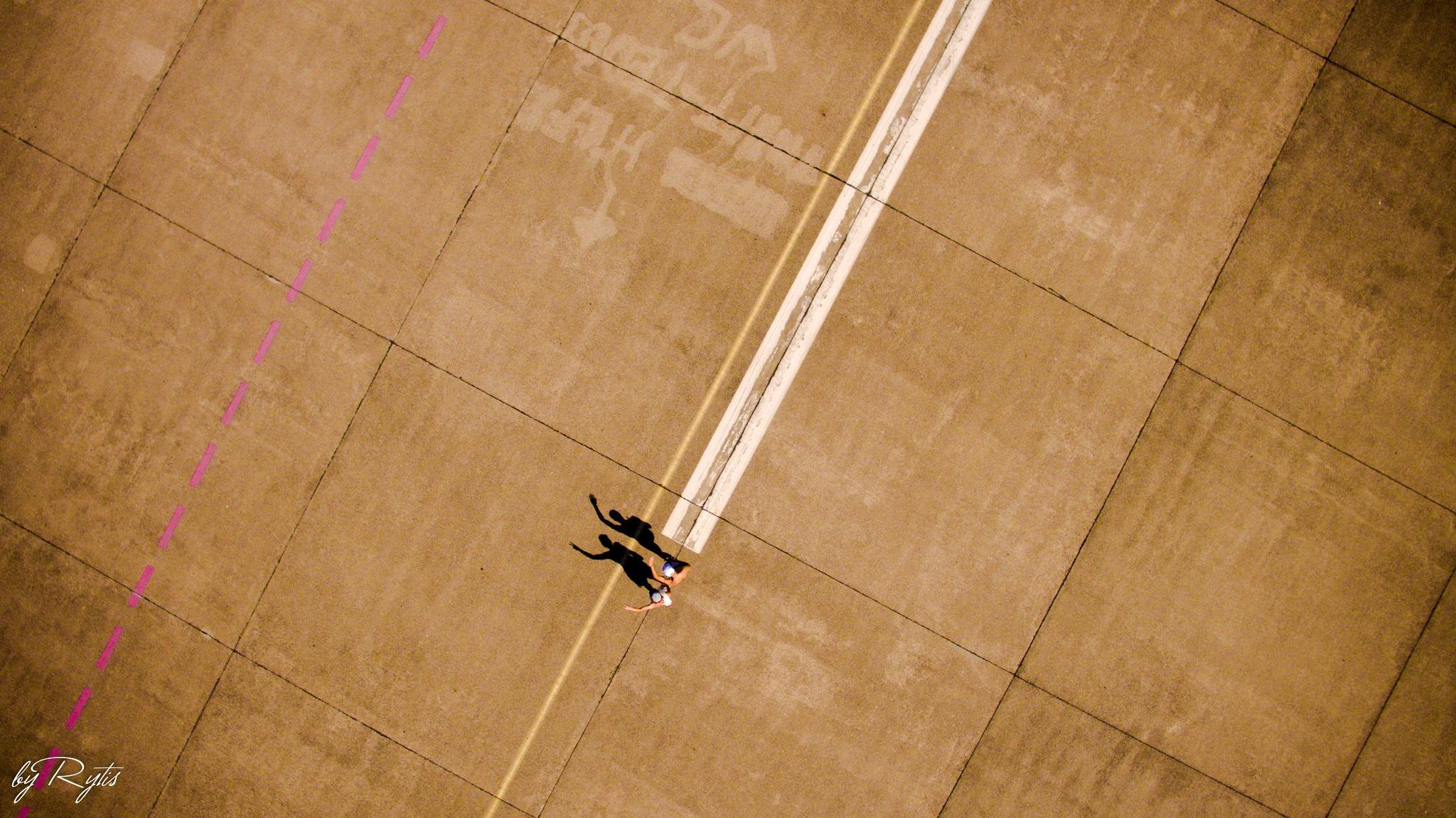 Runway 09 L Tempelhof, Berlin by rytiss50