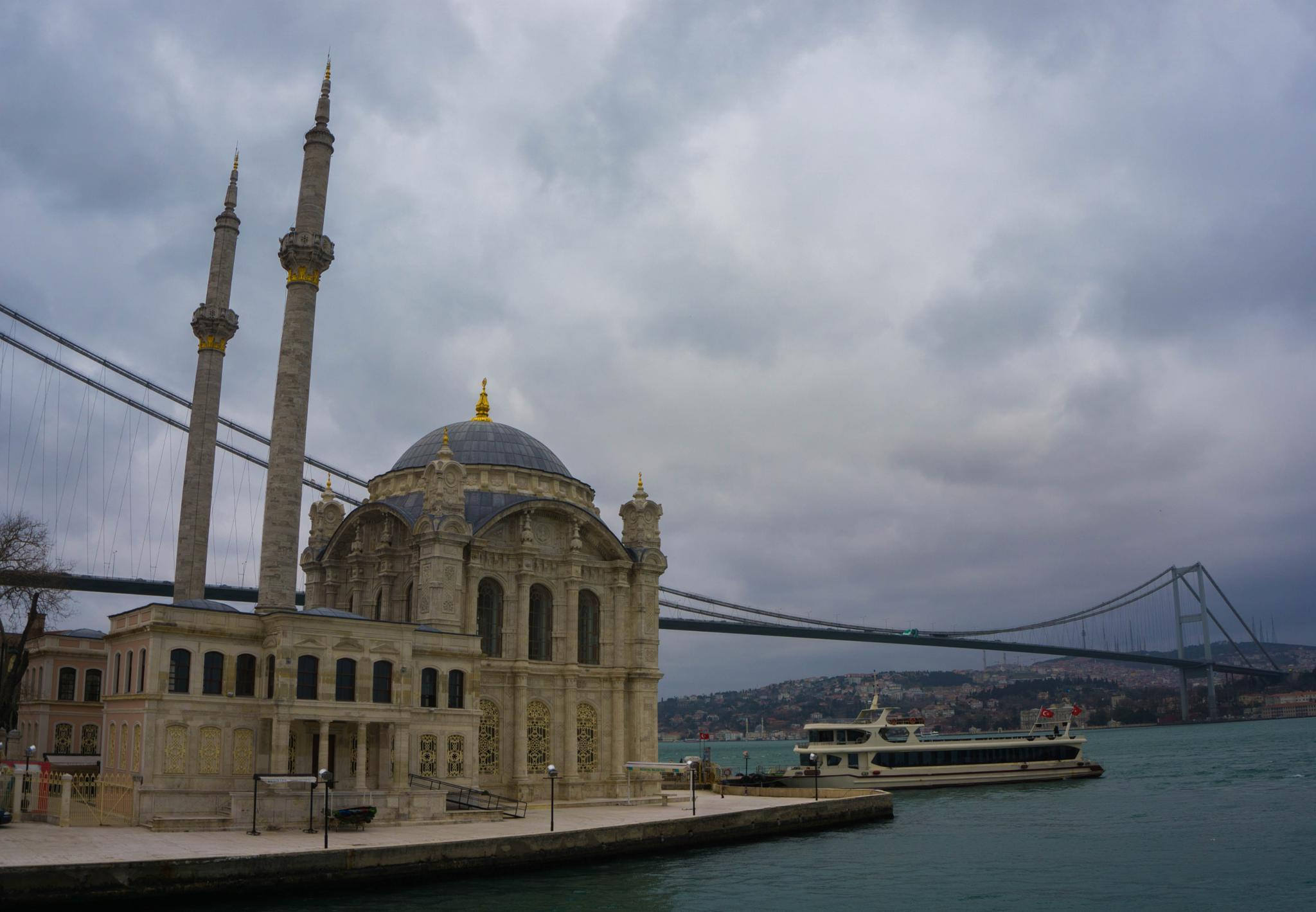 Istanbul mosque and bridge by AJH