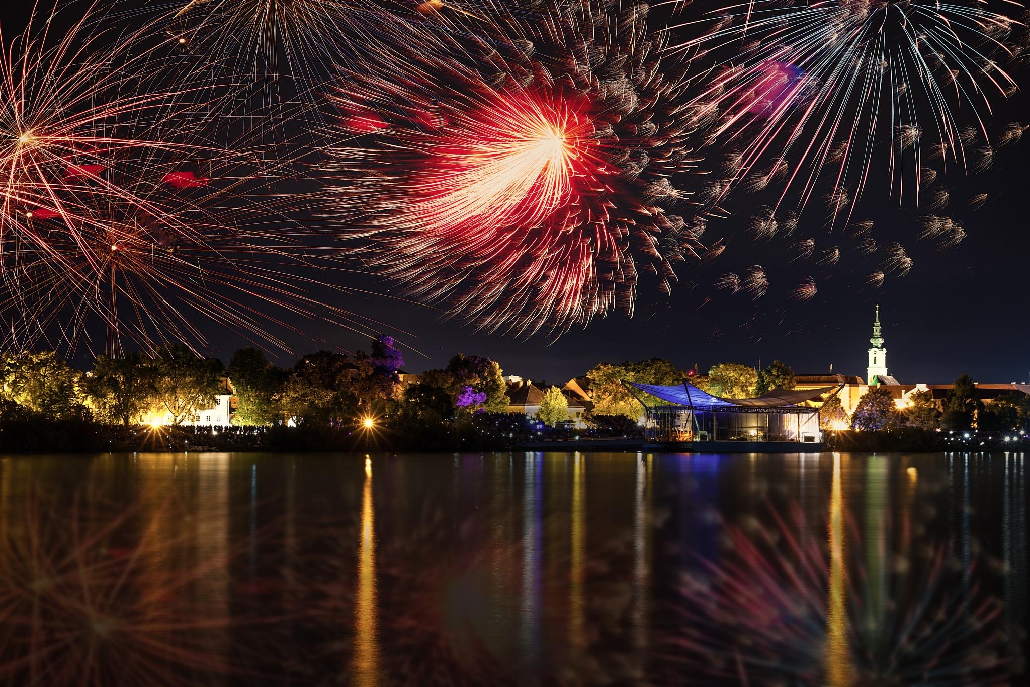 Firework over Tulln by Michael Rubitschka