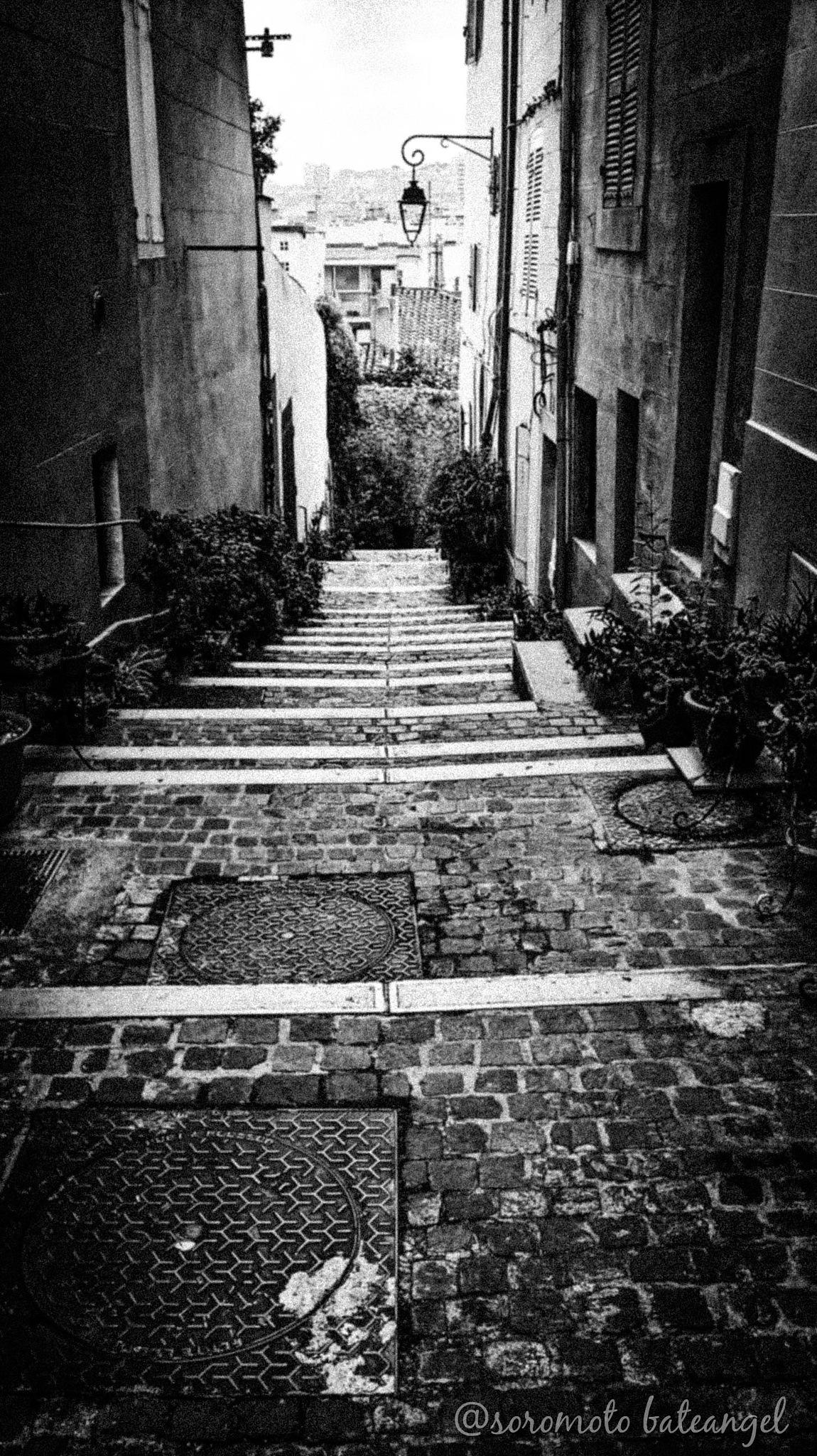 Marseille has it's own charm..... by Soromoto Bateangel