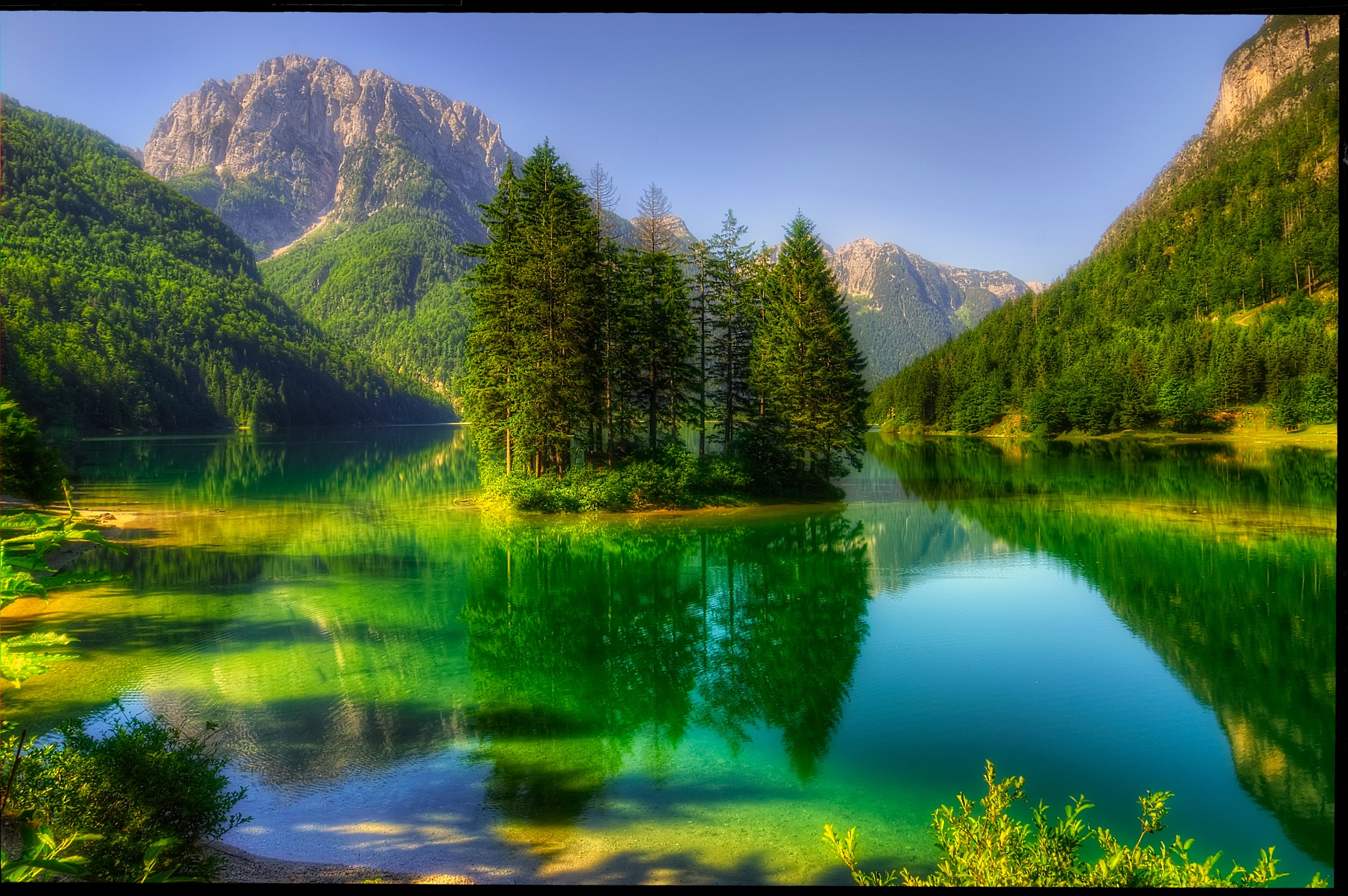 Lake by Petricek