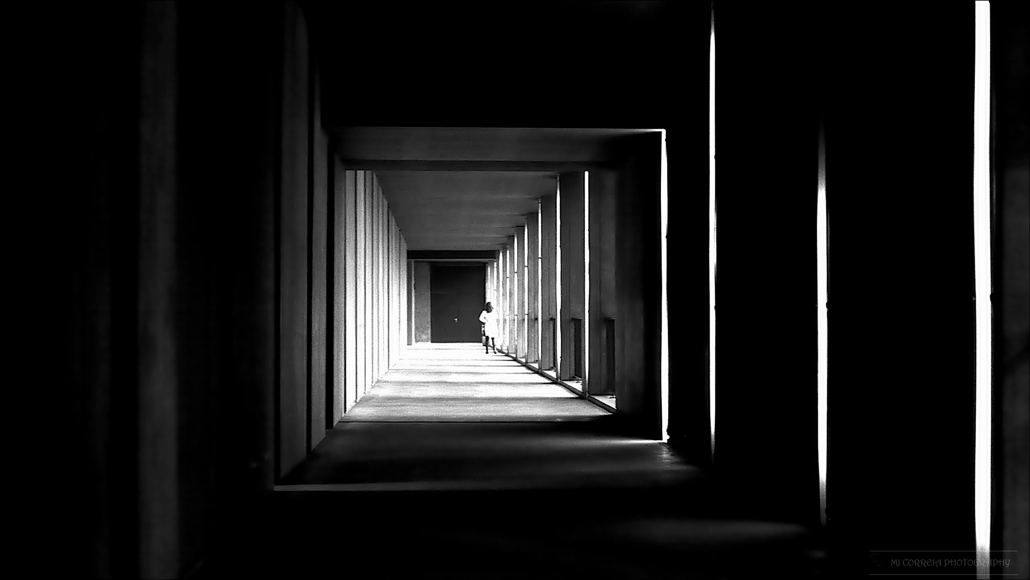 Tunnel Light by MariaCorreia