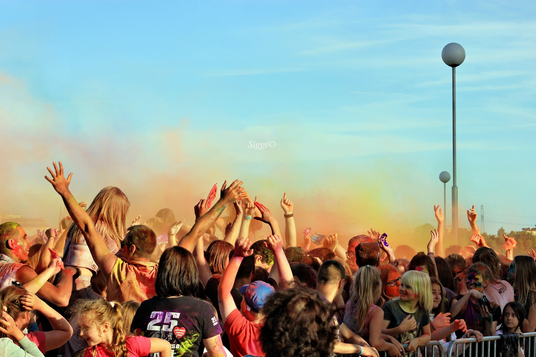 Holi festival by Zbigniew©