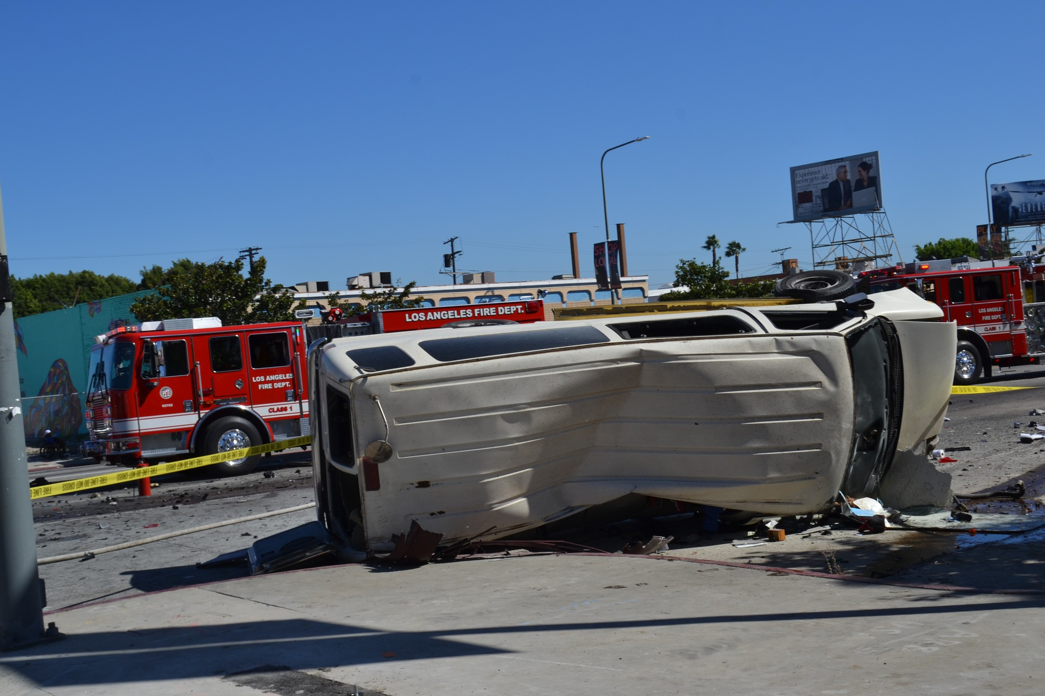 Vehicular Carnage Down on Crenshaw - Wrong way driver by BC - atomic hot links