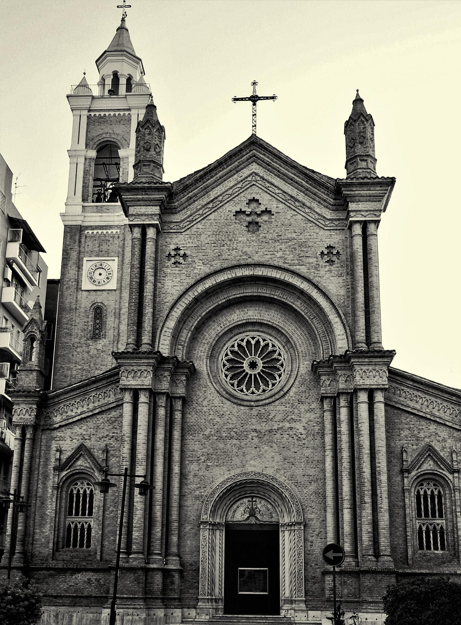 chiesa del s. cuore ( PESCARA ) by mauronepa