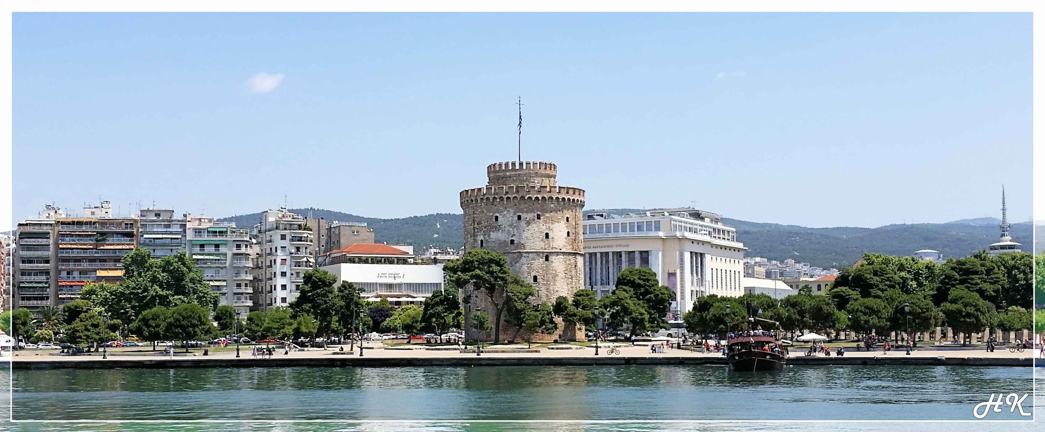 Thessaloniki, White Tower, The symbol of the city! by ekyros