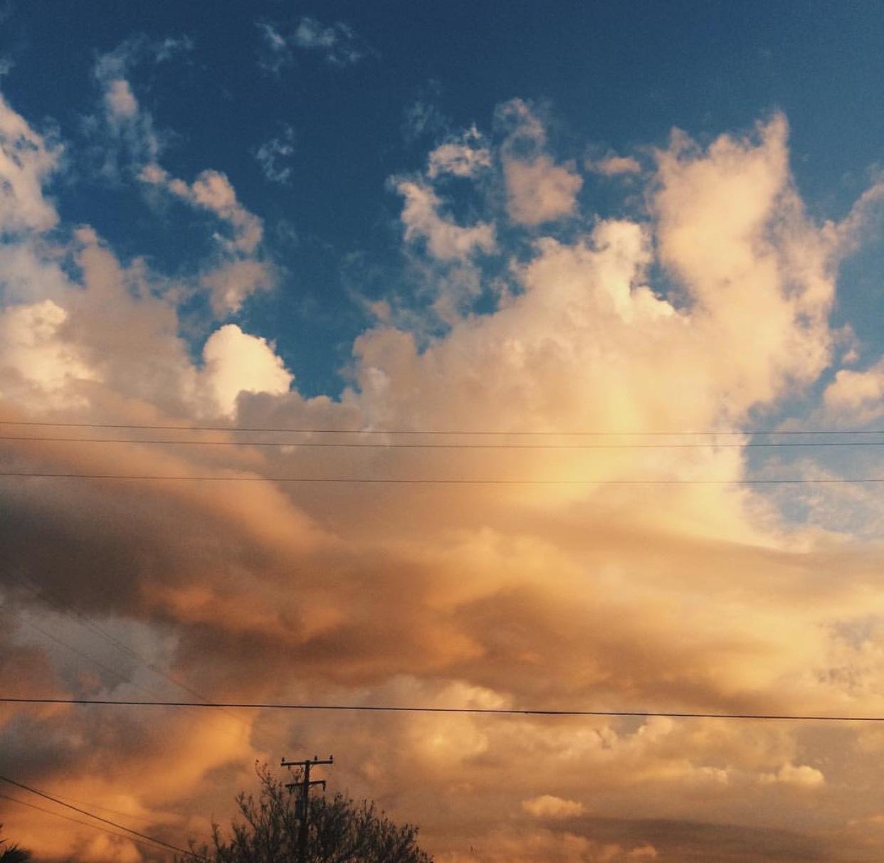 Orange sky  by Kassmichellee