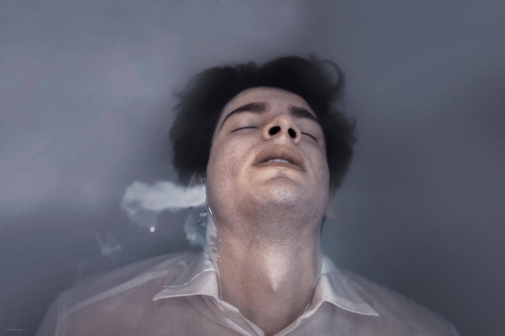Photo in Portrait #portrait #man #men #boy #boys #male #face #death #sad #sadnnes #murder #water #wet