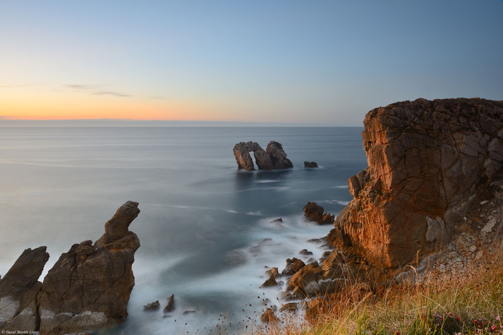 Gates to the sea by davidmartinlopez