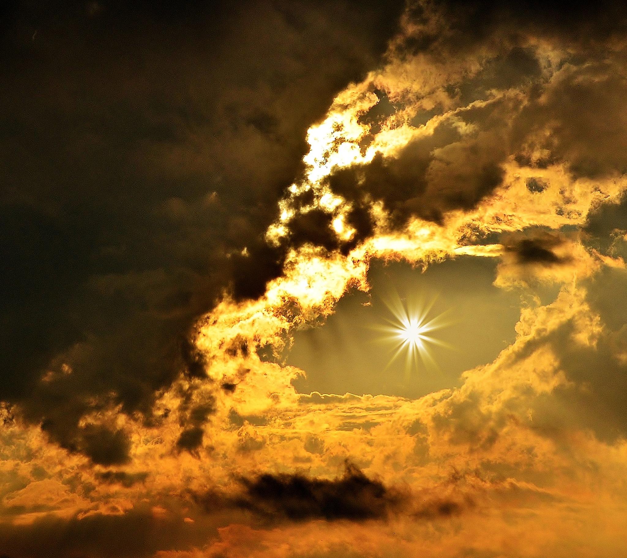 Eye in the Sky by debbielott