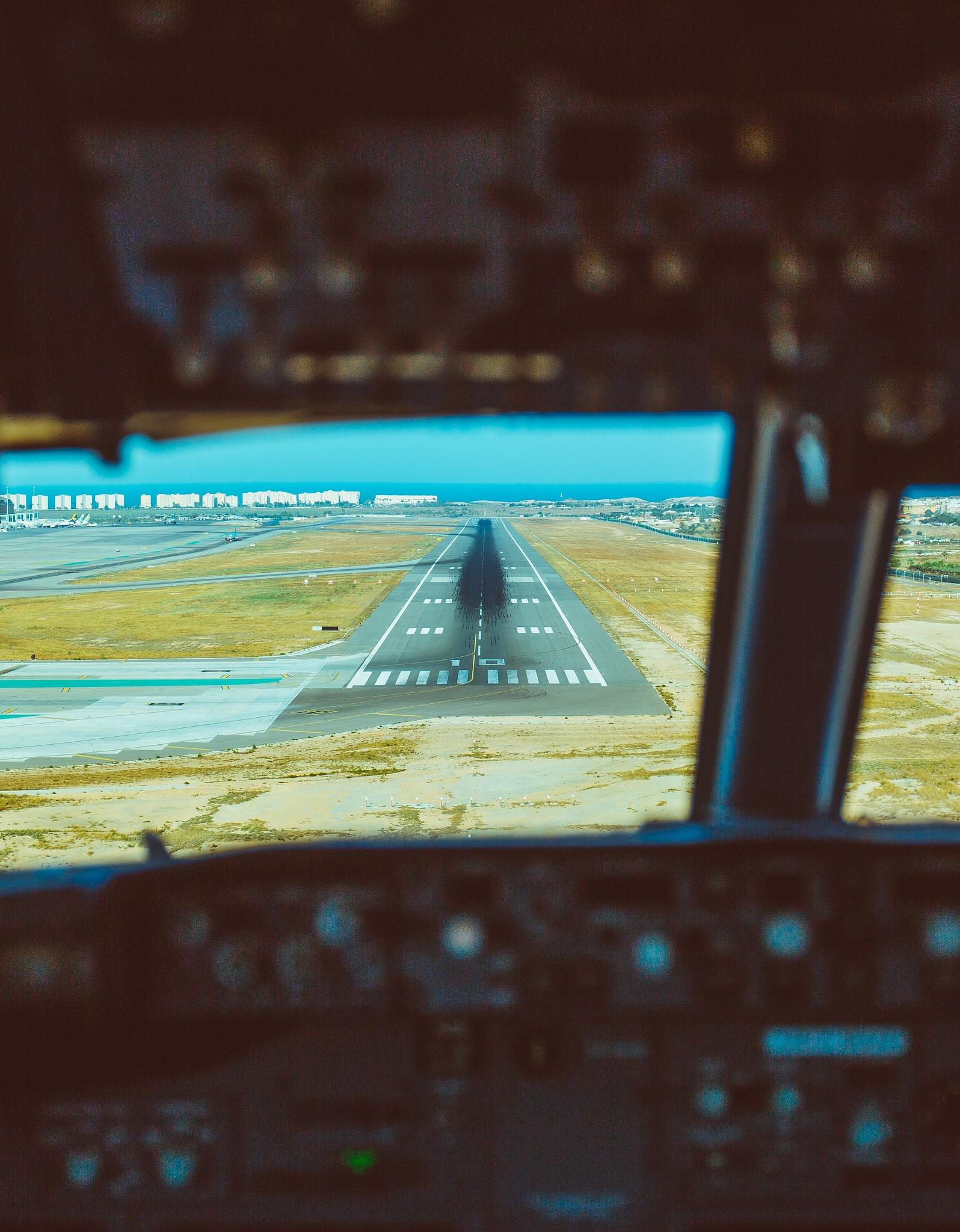 Cockpiten view by Herman Berger