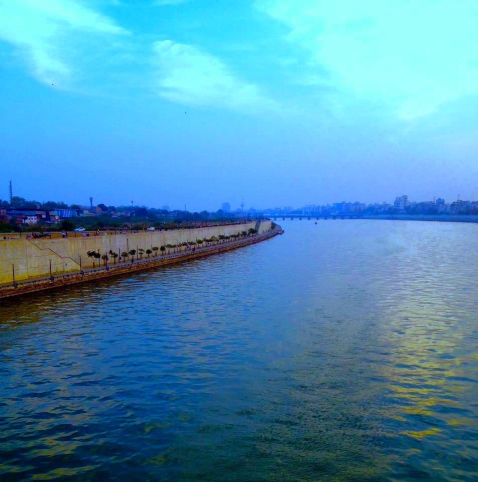 Sabarmati river by Bharat75