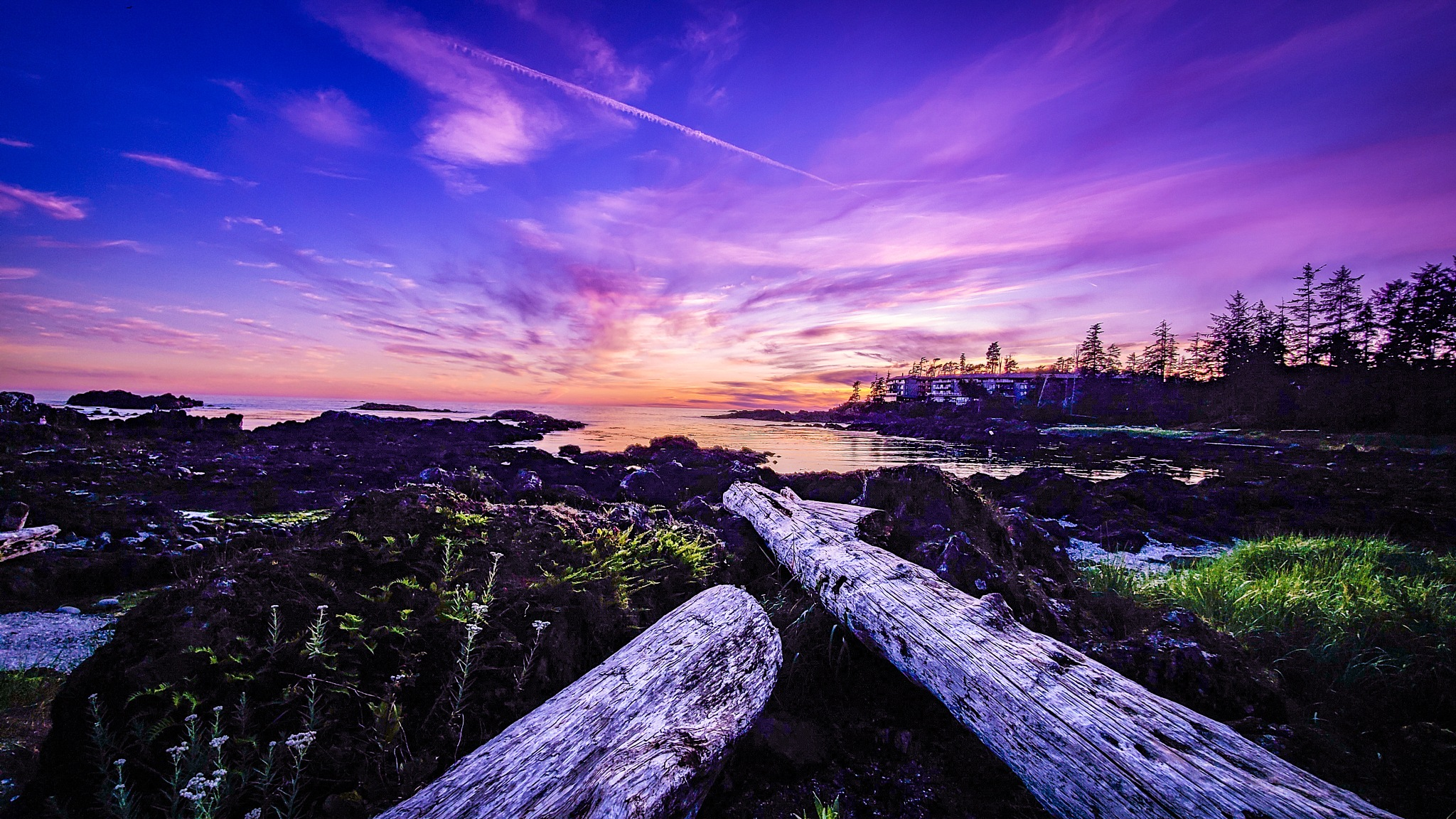 Sunset Ucluelet  by Judy Hudgins