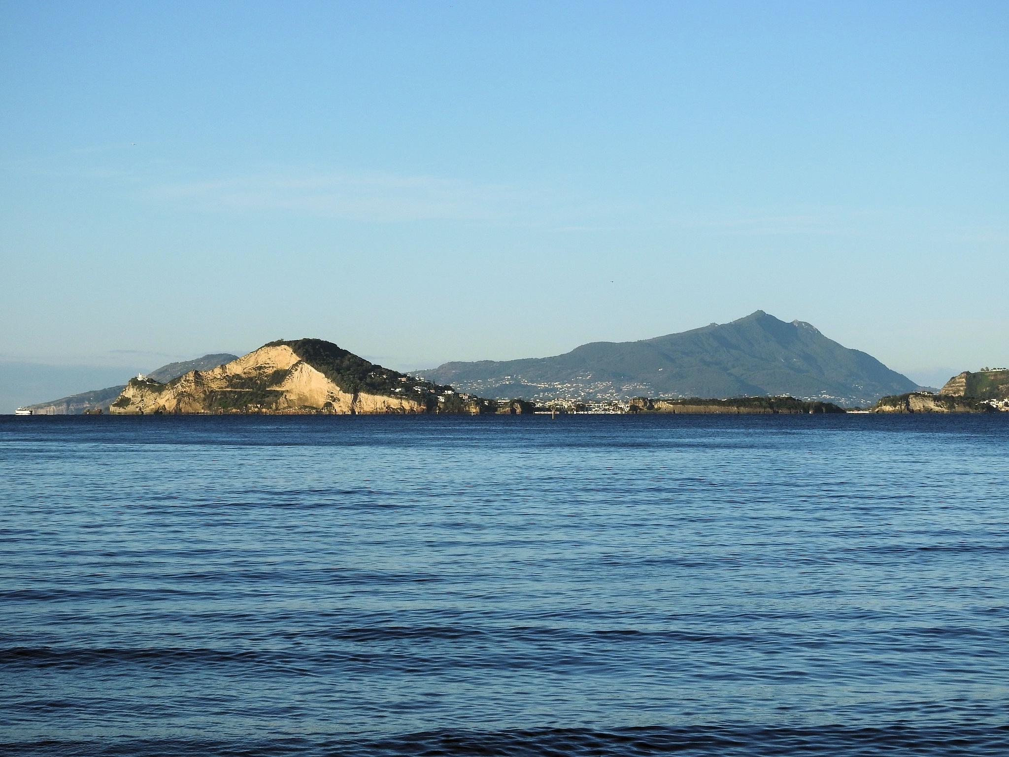 Ciao from Procida, Capo Miseno, Ischia e Campi Flegrei...Felice domenica! by Delirium Tremends 62