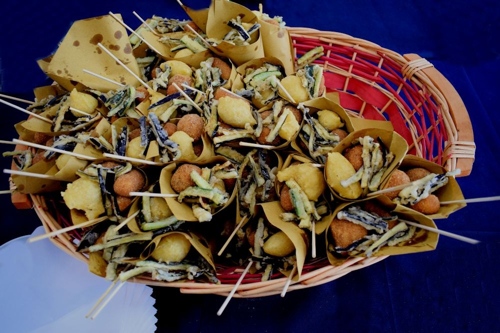 Neapolitan Street Food - 'O cuoppo... or Cuoppe! - 2 by Delirium Tremends 62