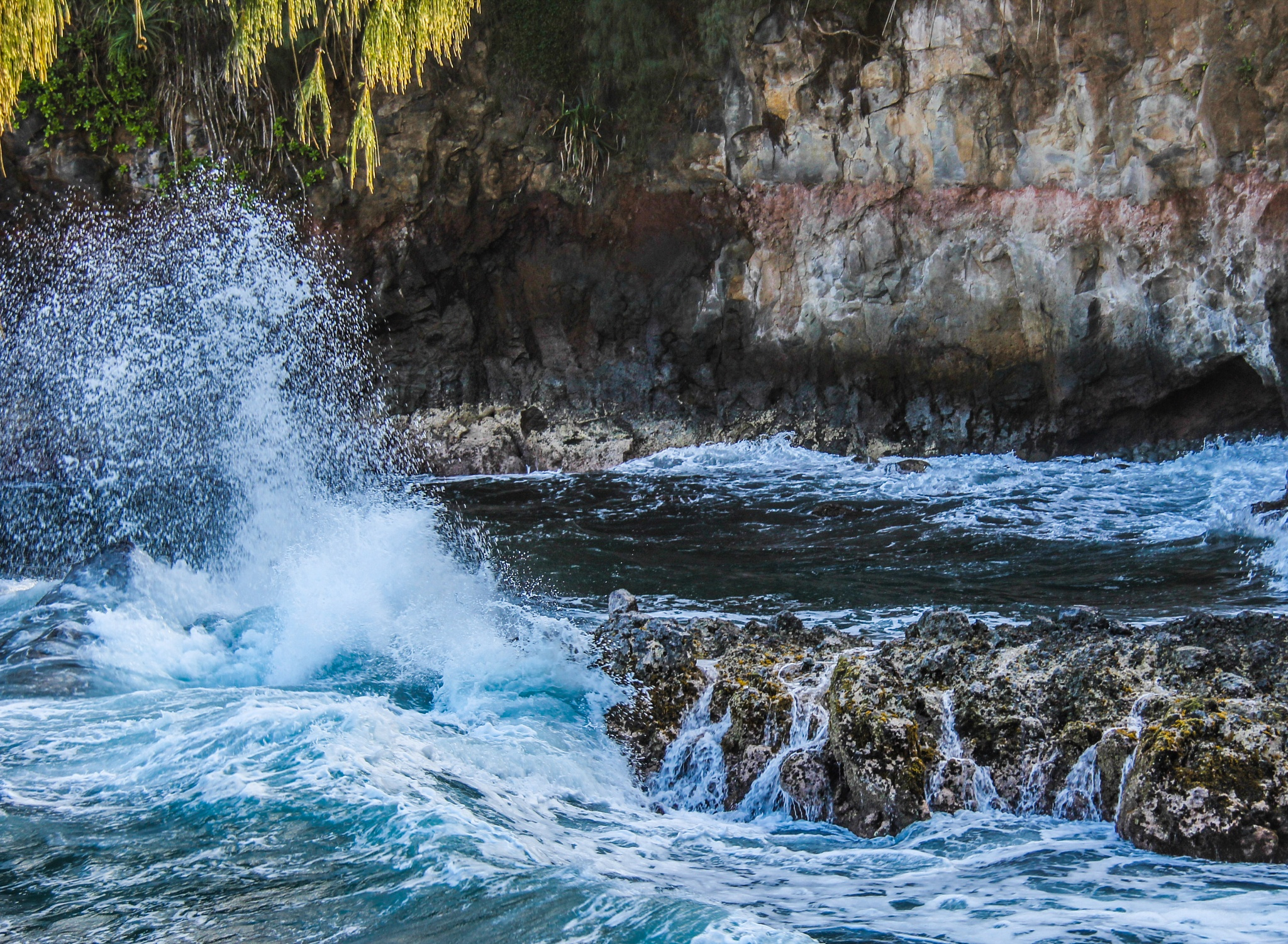 Waves and the rocks by Ryan Farahani