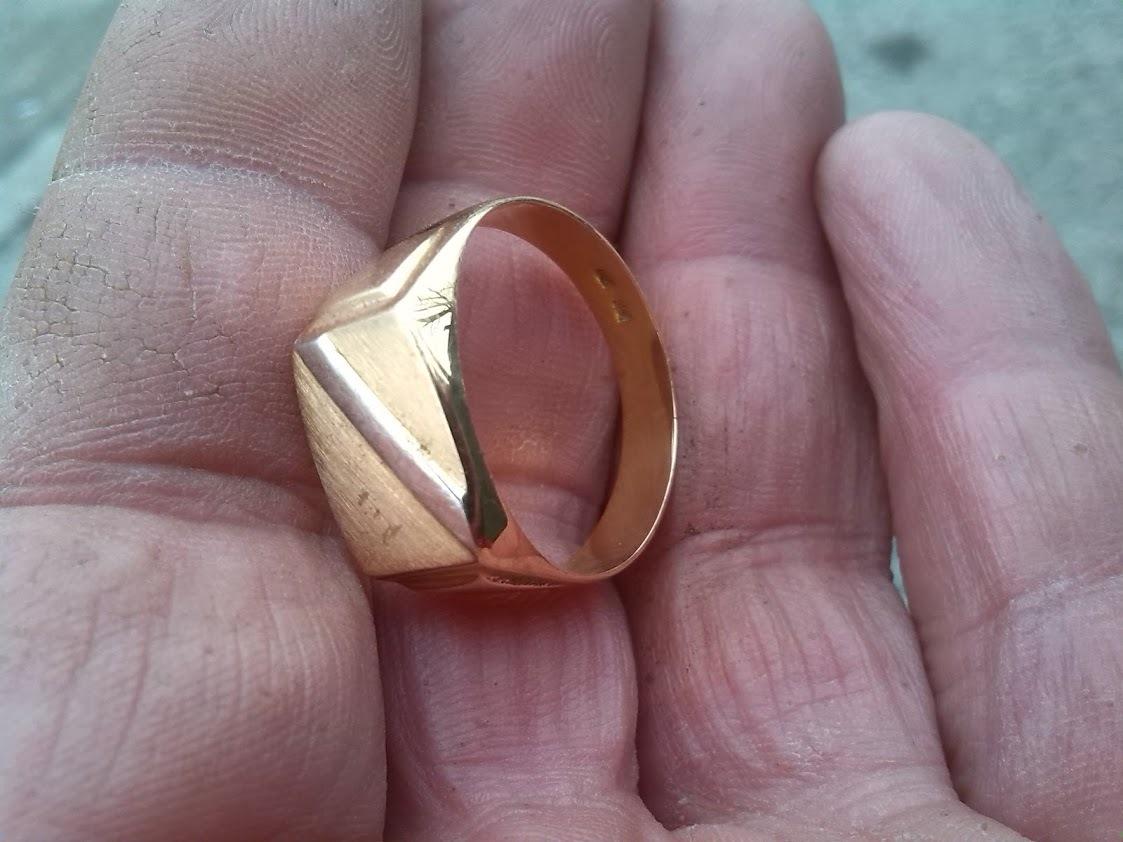 Gold Ring  by Metal Detektor BiH