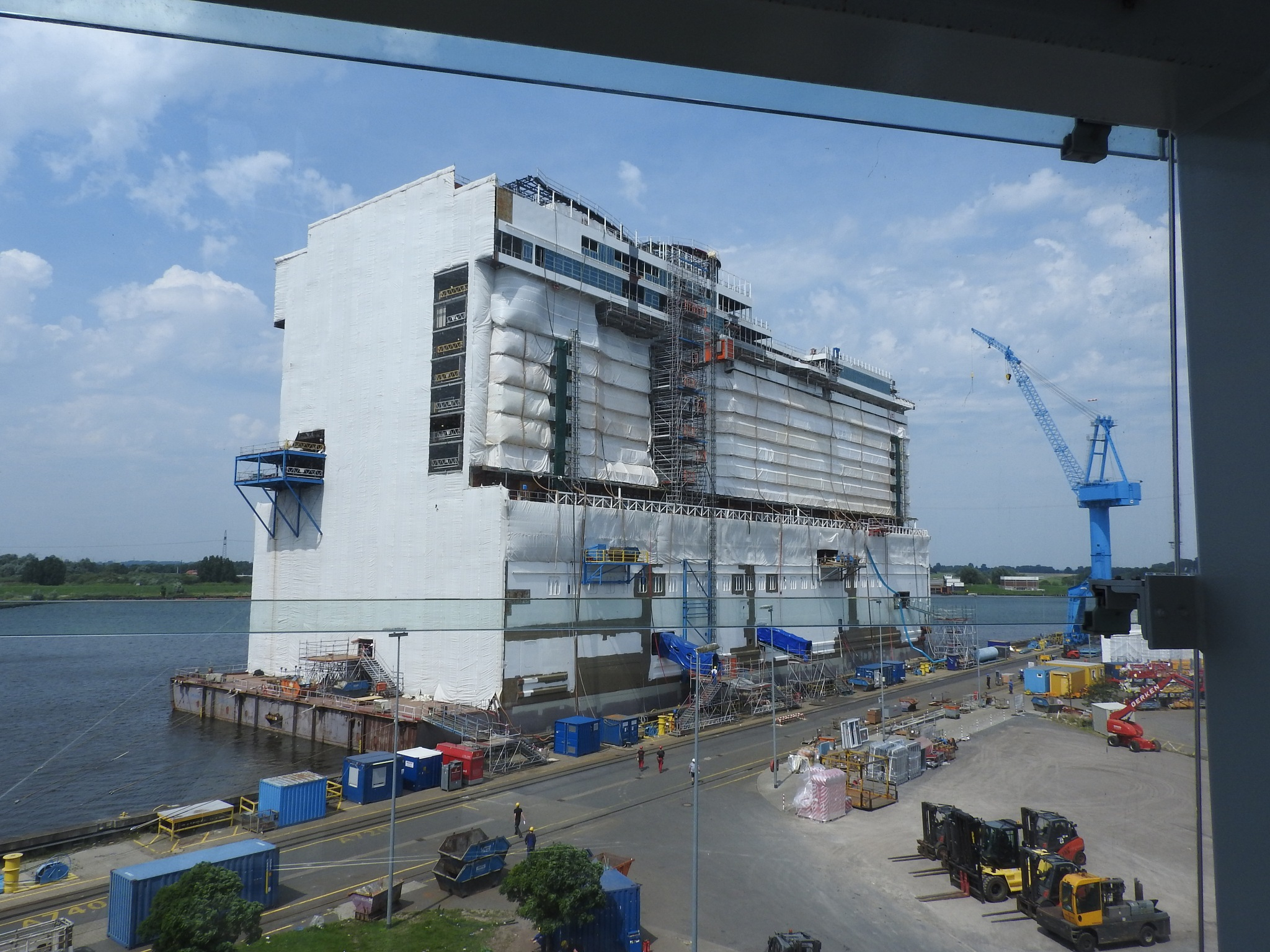 A section of a cruise liner under construction by Paolo Paparazzi