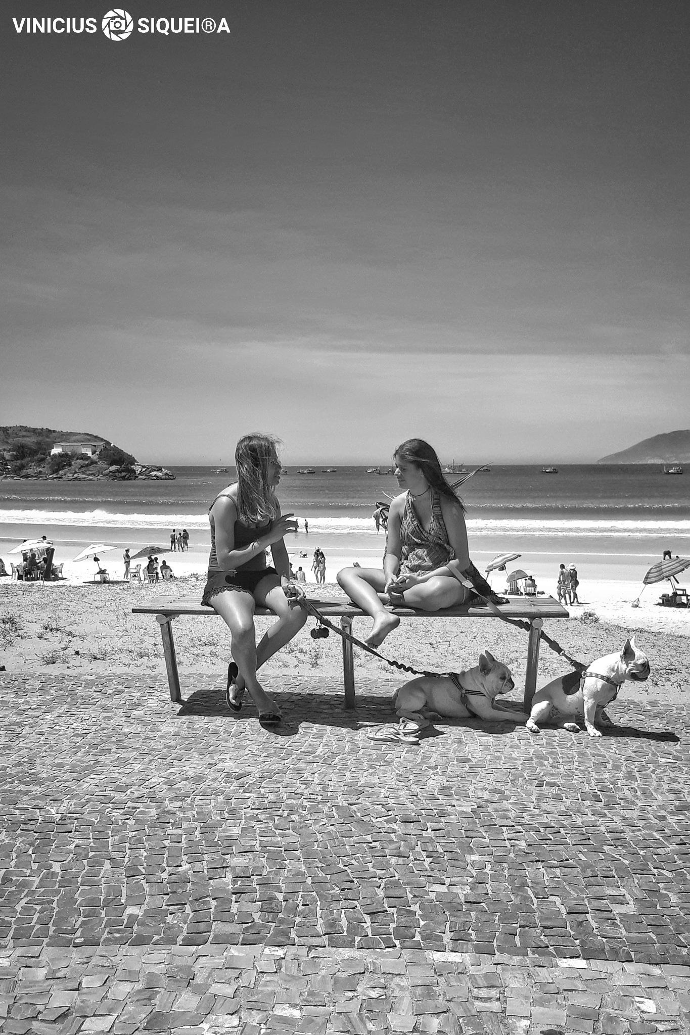 Friends  by Vinicius Siqueira