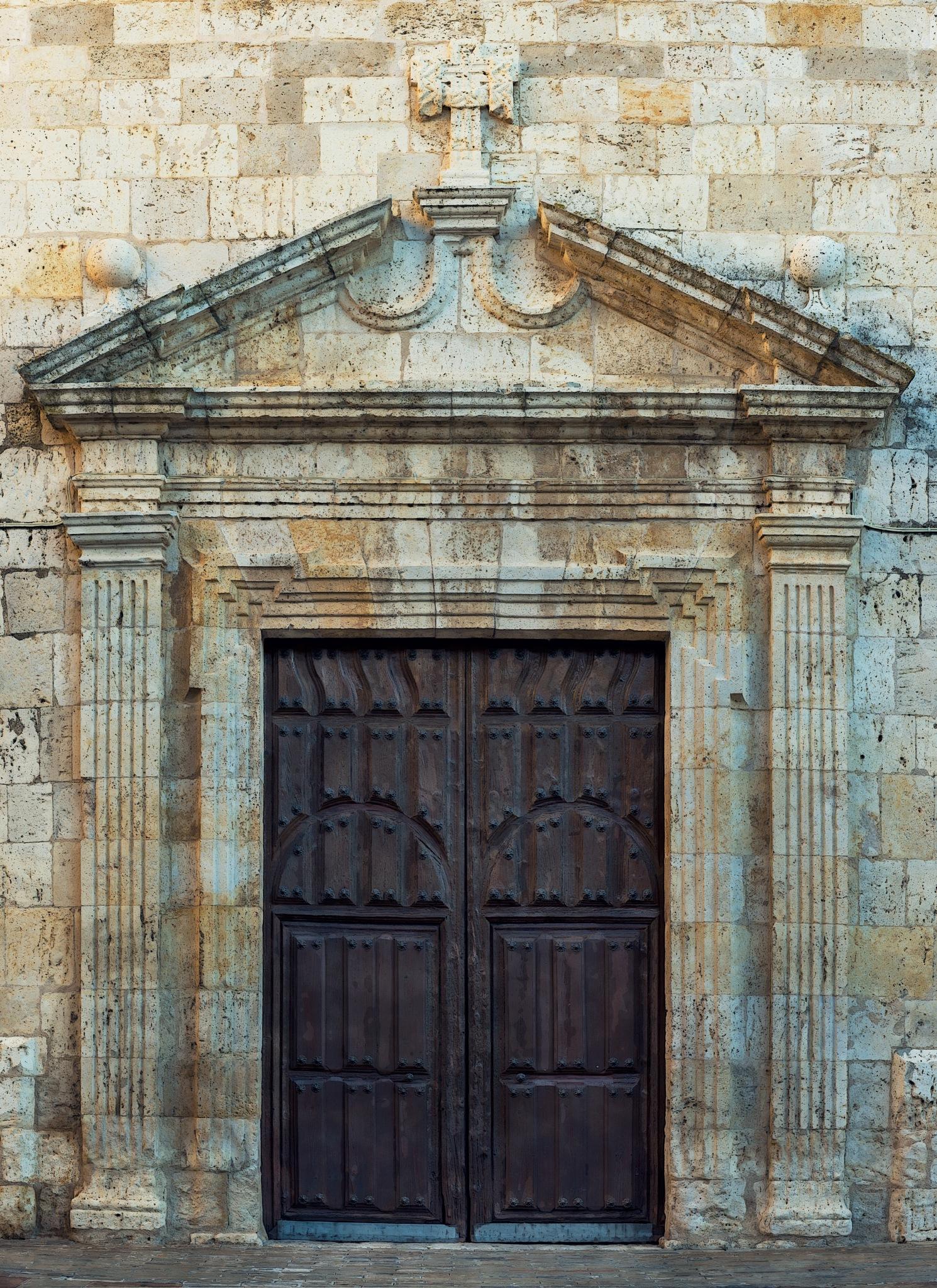 Iglesia de la Soledad: Puerta Sur by Torqueo