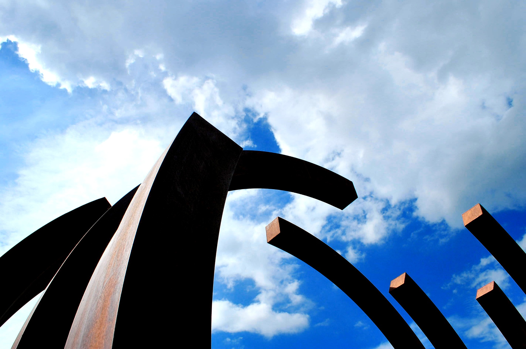 Structures with blue and white by liwesta