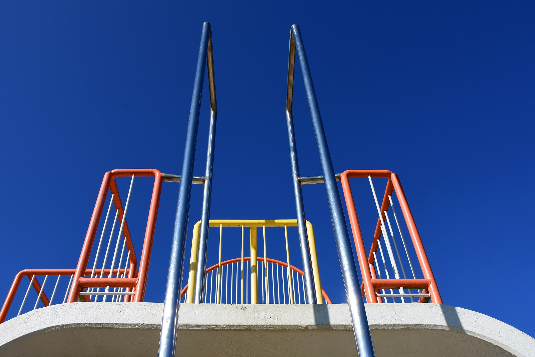Climbing frame symmetry by liwesta