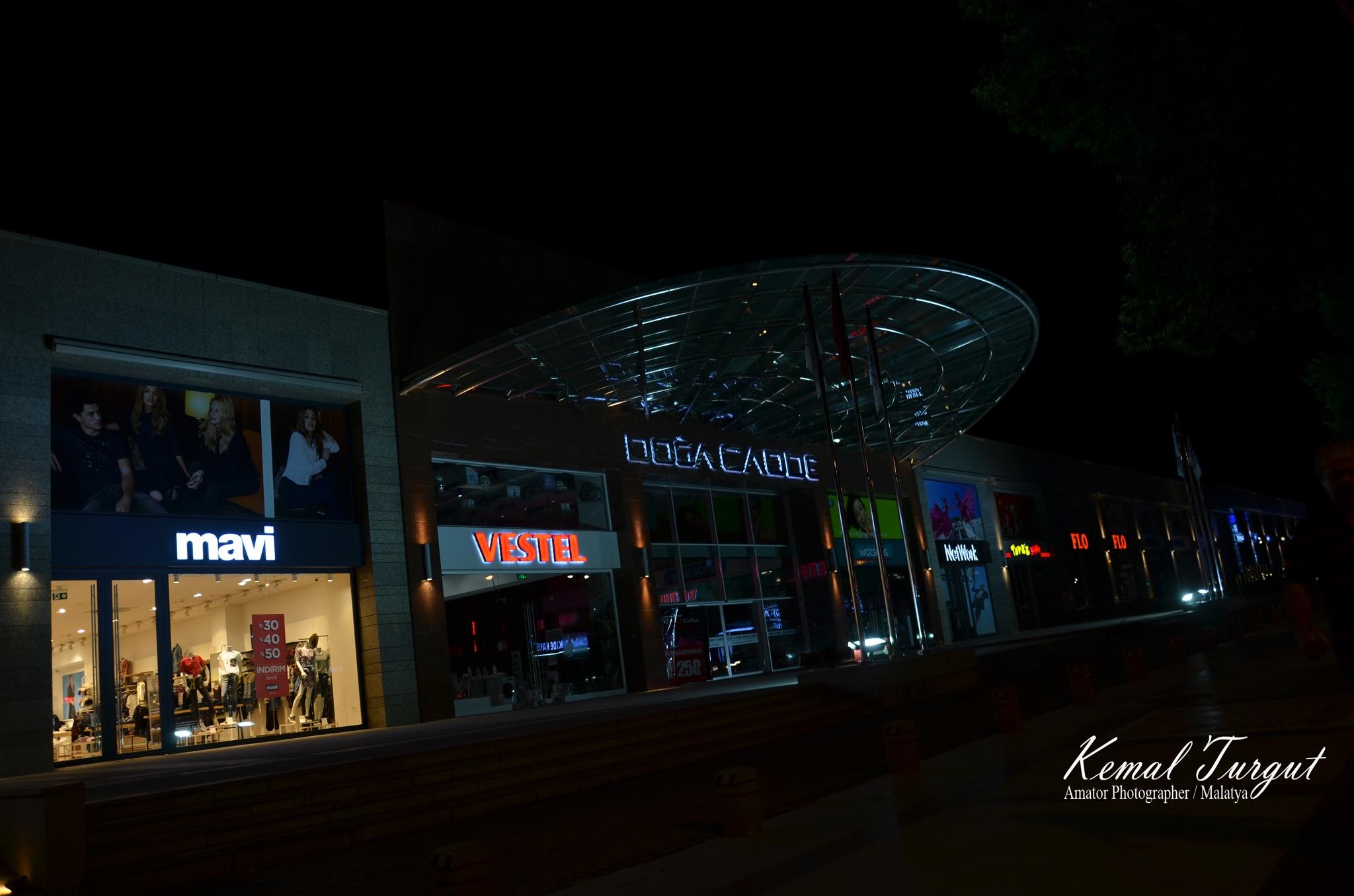 Doğa Cadde AVM by Kemal Turgut
