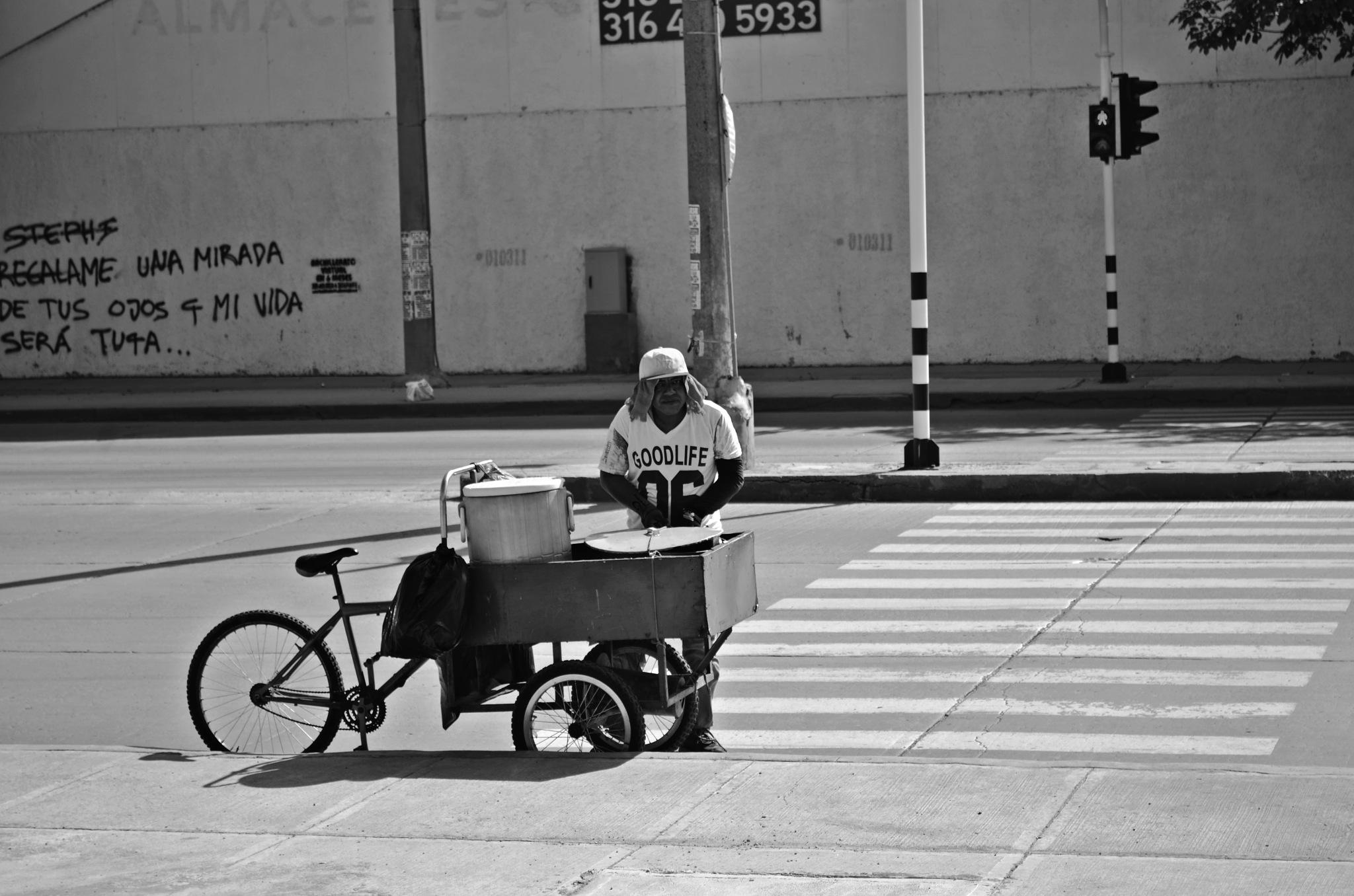 Street photo by VictorDelahoz