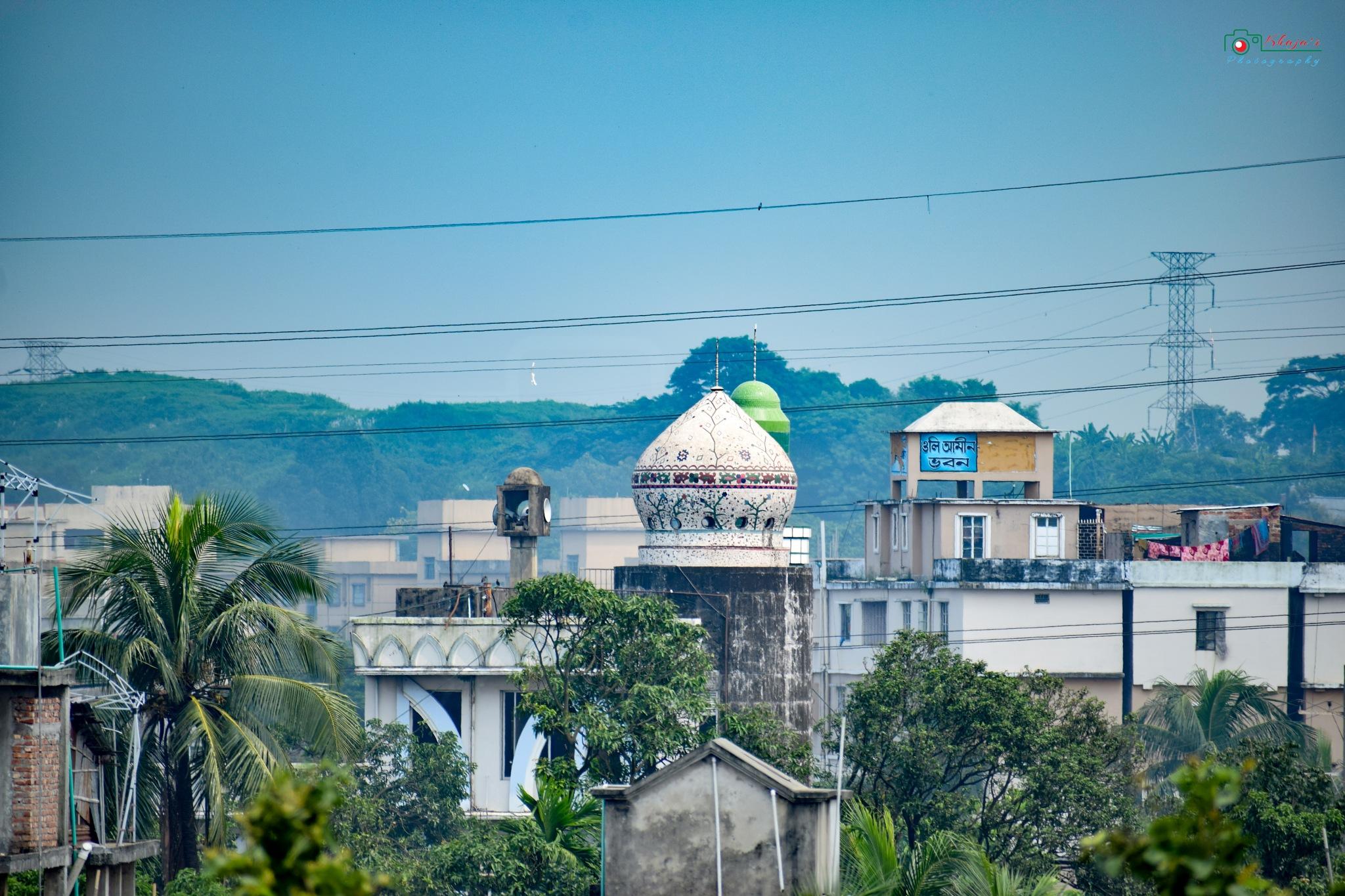 mosque by Khaja Mainuddin Bablu