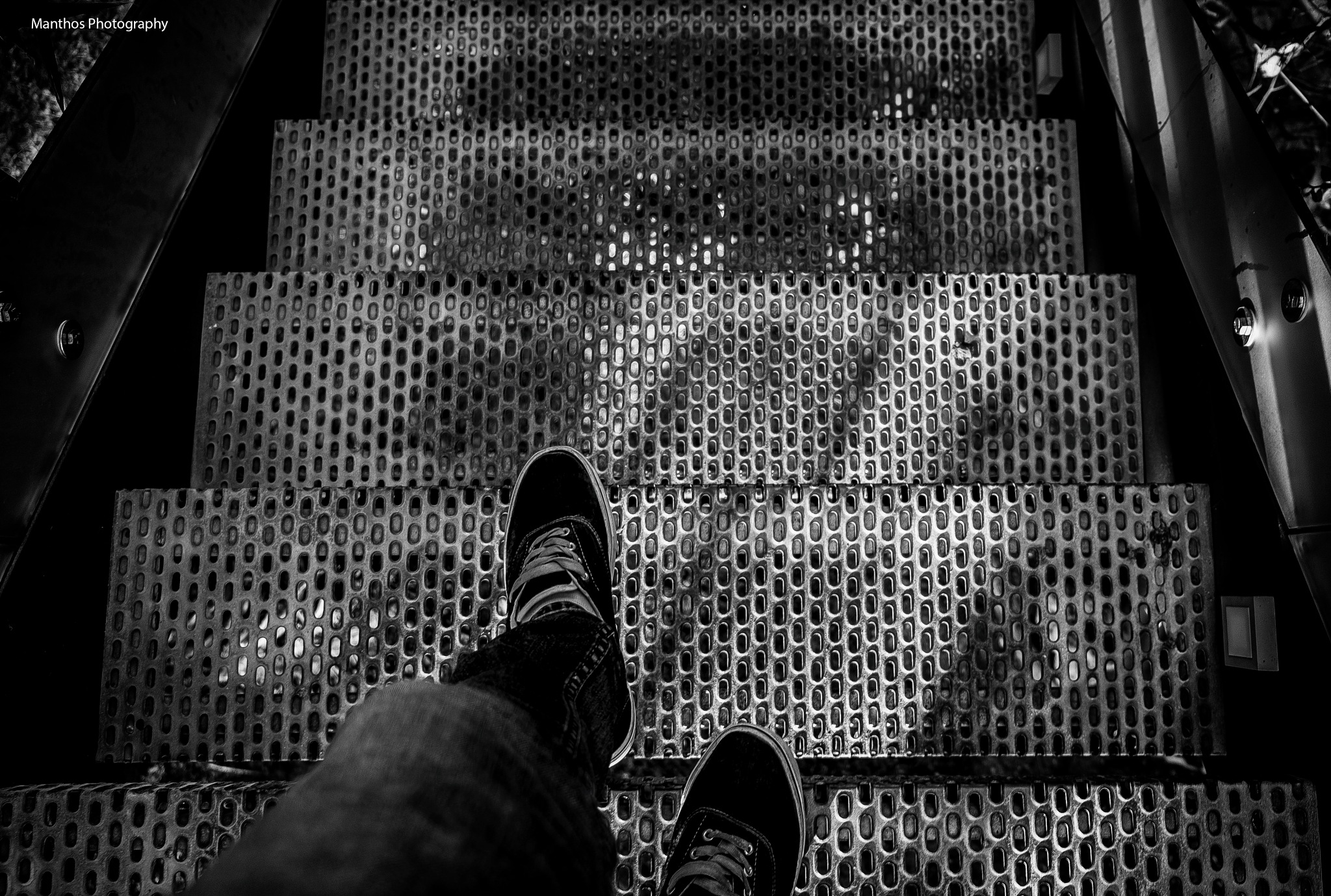 Steps by Manthos