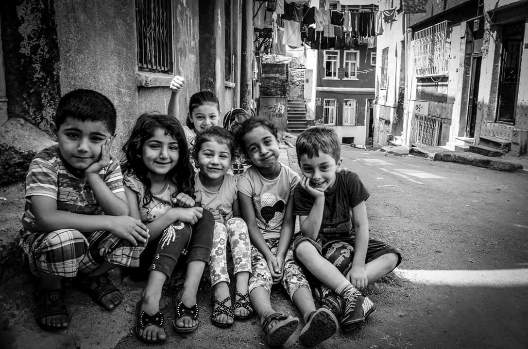childrens by Emel Seckin