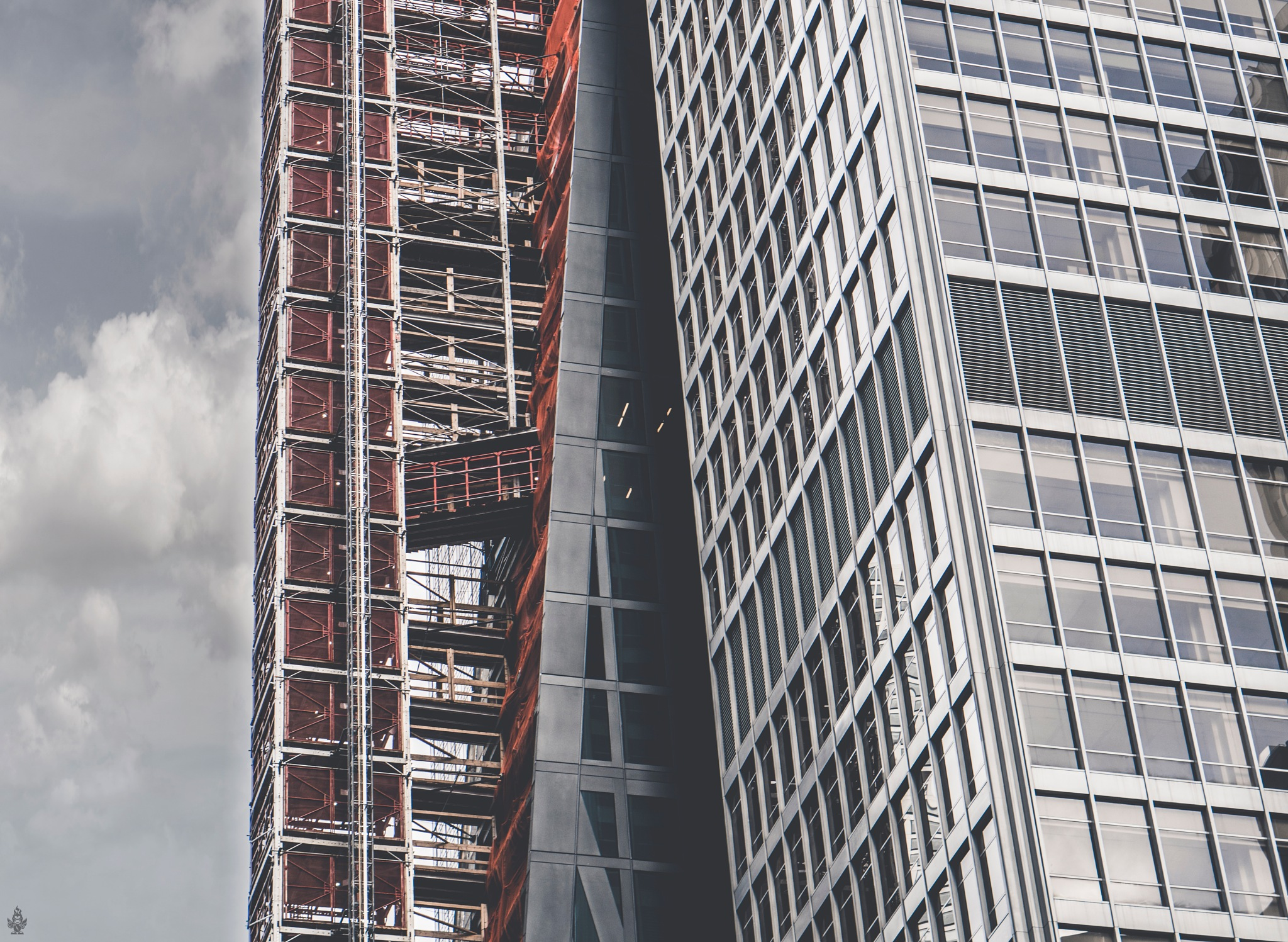 Random Building in MIdtown NYC by Vex Vegaz