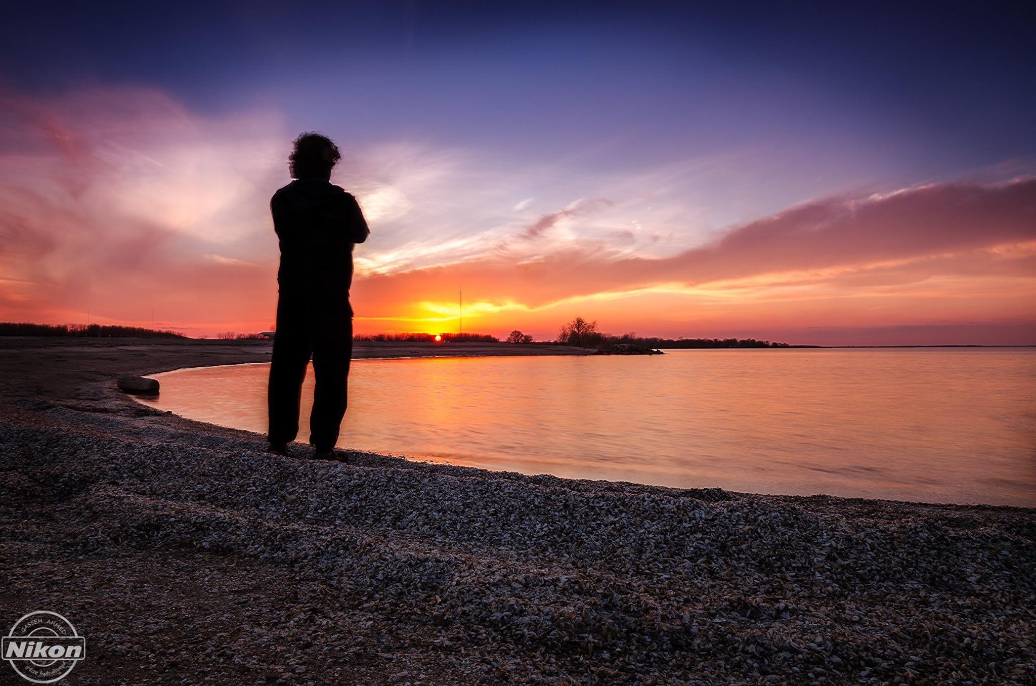 I waiting the sunset by Qassem Ahmed Alzarra