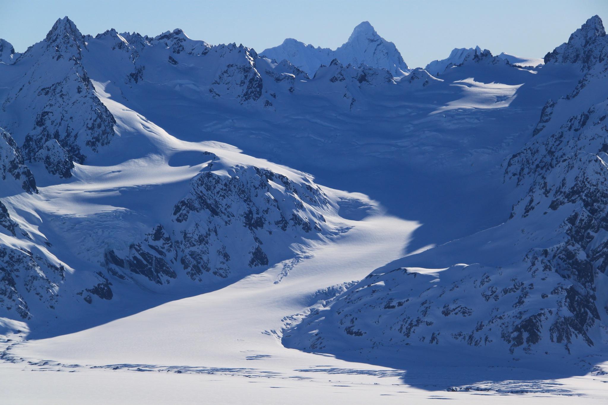 Alaska by tedharinishi