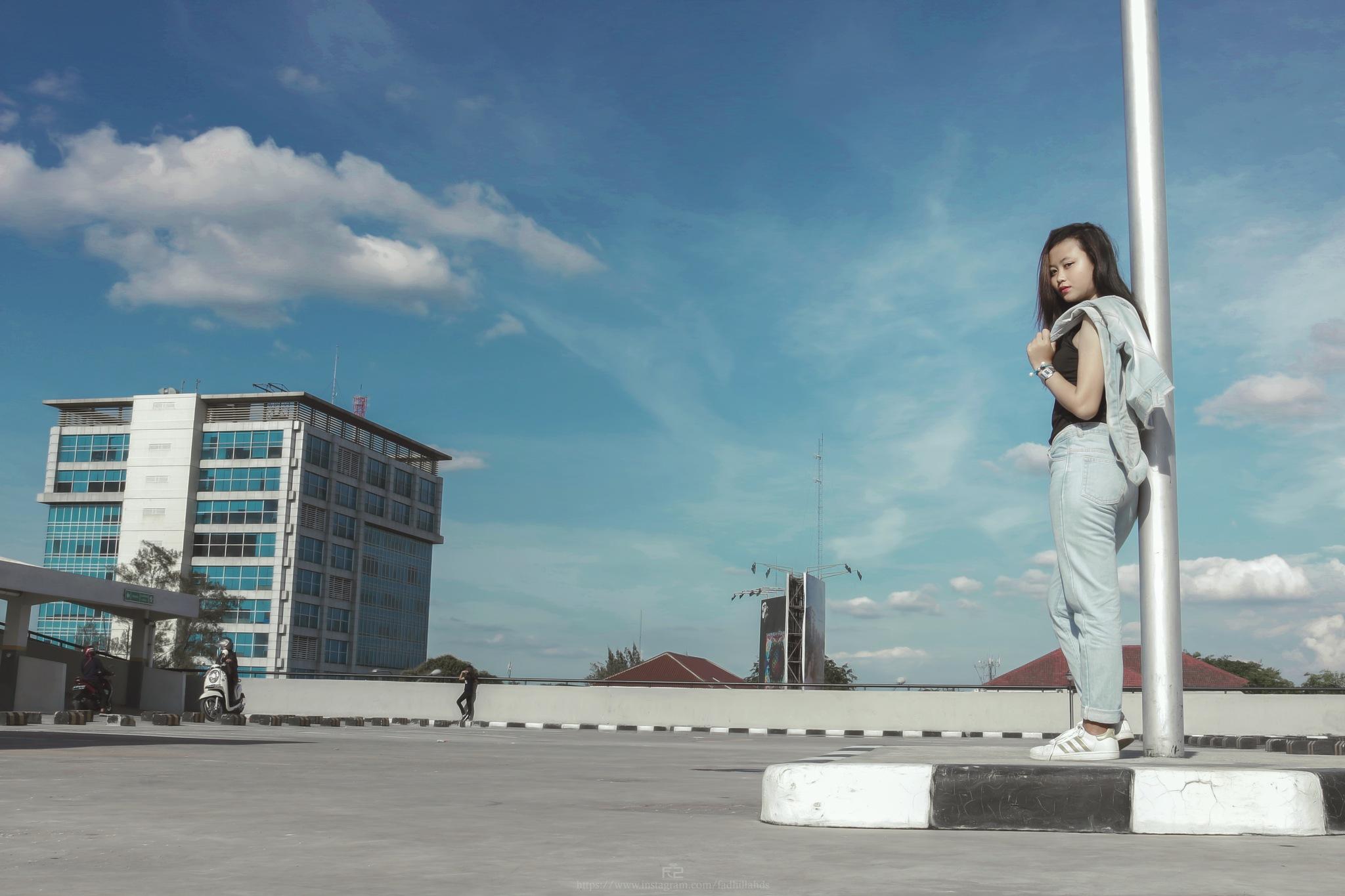 Look back by fadhilfotografi