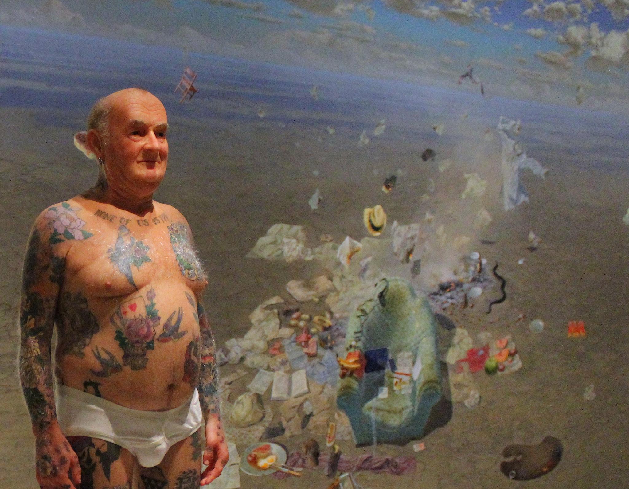 sydney art gallery by Trish Threlfall