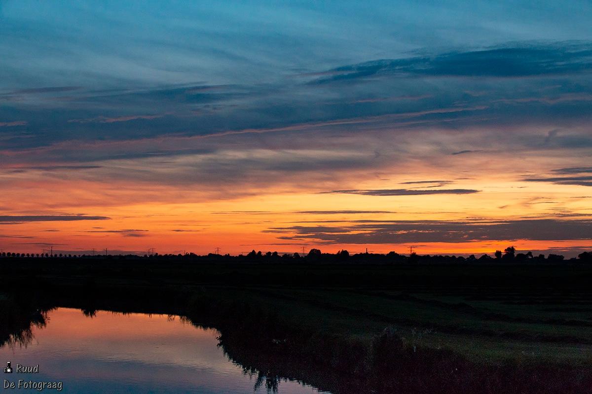 Sundown by Ruud Bot